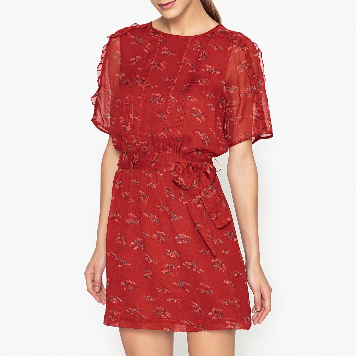 Платье с рисунком  KISAKIСтруящееся платье с рисунком SESSUN - модель KISAKI из креповой вуали с рисунком, складками спереди и ажурными деталями.Детали  •  Форма : расклешенная   •  Укороченная модель •  Короткие рукава    •  Круглый вырез •  Рисунок-принт Состав и уход  •  100% вискоза •  Следуйте рекомендациям по уходу, указанным на этикетке изделия •  Эластичный пояс •  Съемный ремень на поясе •  Воланы на рукавах<br><br>Цвет: наб. рисунок красный