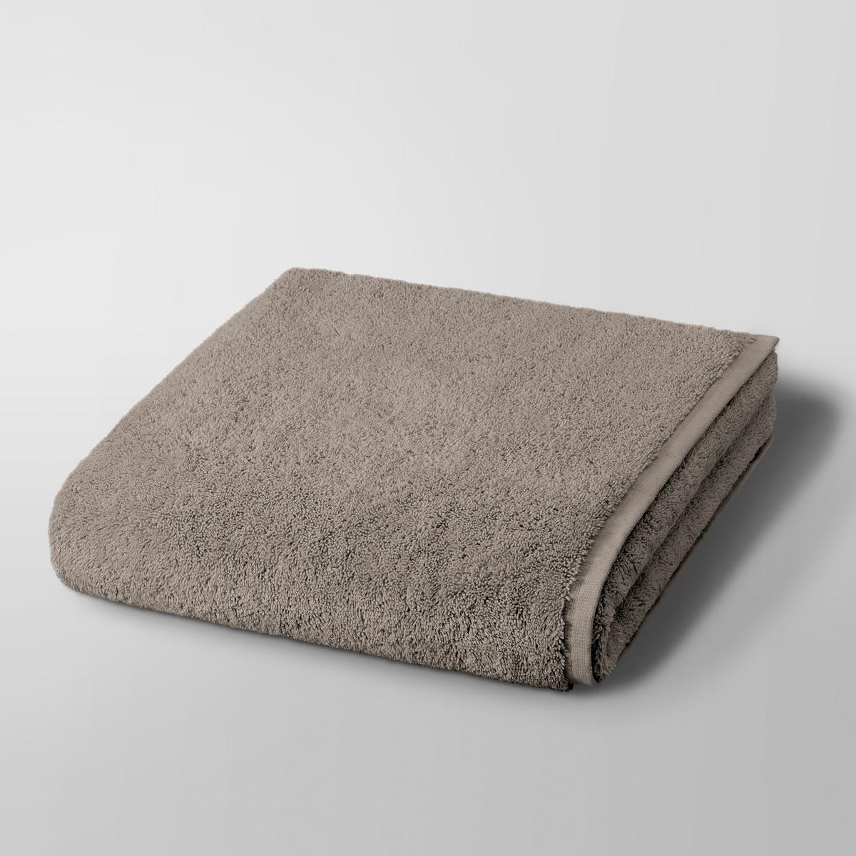 Полотенце банное Gilbear, 100%хлопок<br><br>Цвет: светло-серый,серо-коричневый,серо-розовый,сине-зеленый,синий морской,темно-серый,черный<br>Размер: 68 x 140  см