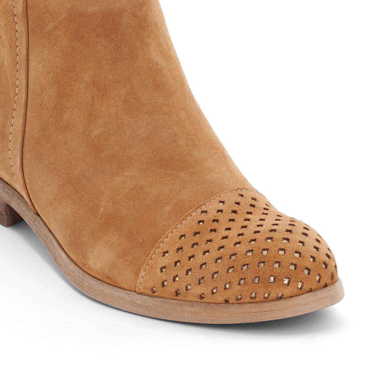 Сапоги кожаные NicoleВерх/Голенище: кожа.  Подкладка: кожа.  Стелька: кожа.  Подошва: резина.Высота каблука: 2 см.Форма каблука: плоский каблук.Мысок: закругленный.Застежка: на молнию.<br><br>Цвет: темно-бежевый<br>Размер: 37