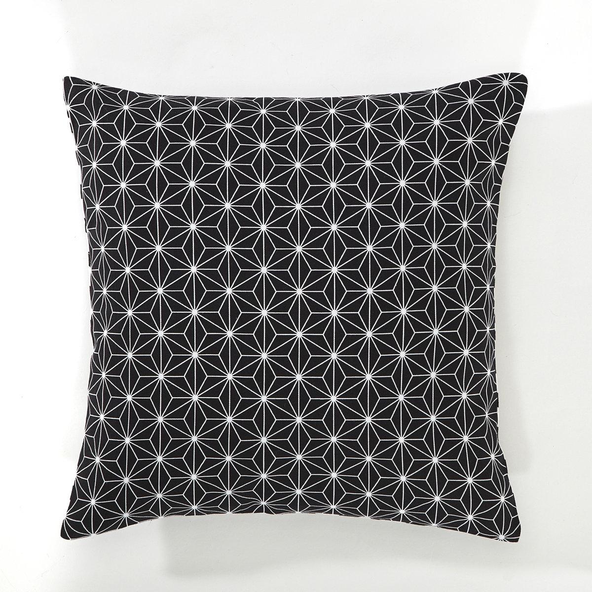 Чехол на подушку, LozangeХарактеристики чехла на подушку Lozange:оборотная сторона: двухцветные ромбы на белом фоне / лицевая сторона: непрерывный узор.Скрытая застежка на молнию.100% хлопка.Вся коллекция домашнего текстиля - на  laredoute.ru.Размер чехла на подушку Lozange:40 x 40 см.<br><br>Цвет: мятный/белый,розовая пудра/ белый,черный/ белый<br>Размер: 40 x 40  см