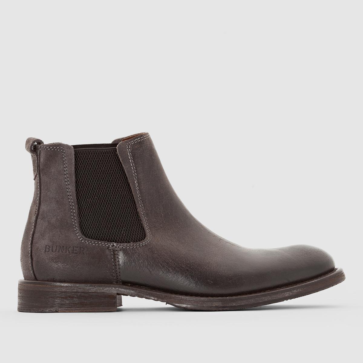 Ботильоны Chelsea BEATПодкладка: кожа.       Стелька: кожа.       Подошва: каучук.     Высота каблука: 15 см.Форма каблука: ровныйМысок: круглый.   Застежка: без застежки.<br><br>Цвет: черный<br>Размер: 43