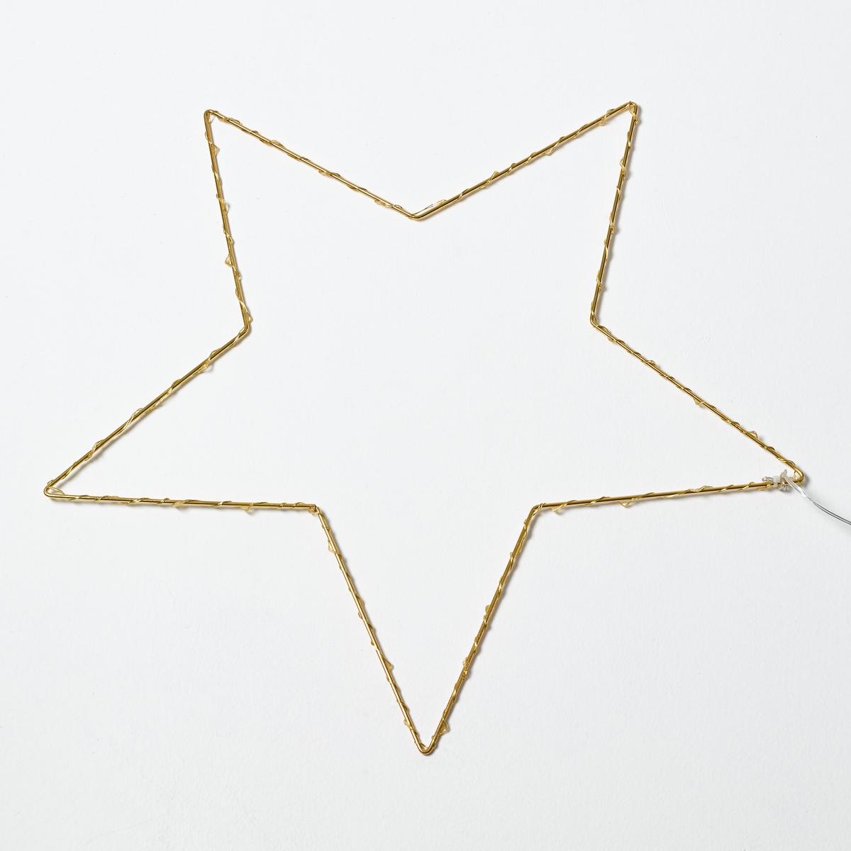 Светодиодный светильник в форме звезды, OmaraСветильник Omara. Светящаяся гирлянда в форме звезды. Поэтичный и декоративный светильник понравится малышам.Характеристики :- 40 миниатюрных светодиодов, 3 В, на металлическом кабеле- Не нагревается- Несменные лампы- Поставляется с адаптером 220 В, длина провода 3 м. - Без выключателя   Размеры :- Ш.50 x В.50 x Г.0,5 см.<br><br>Цвет: латунь