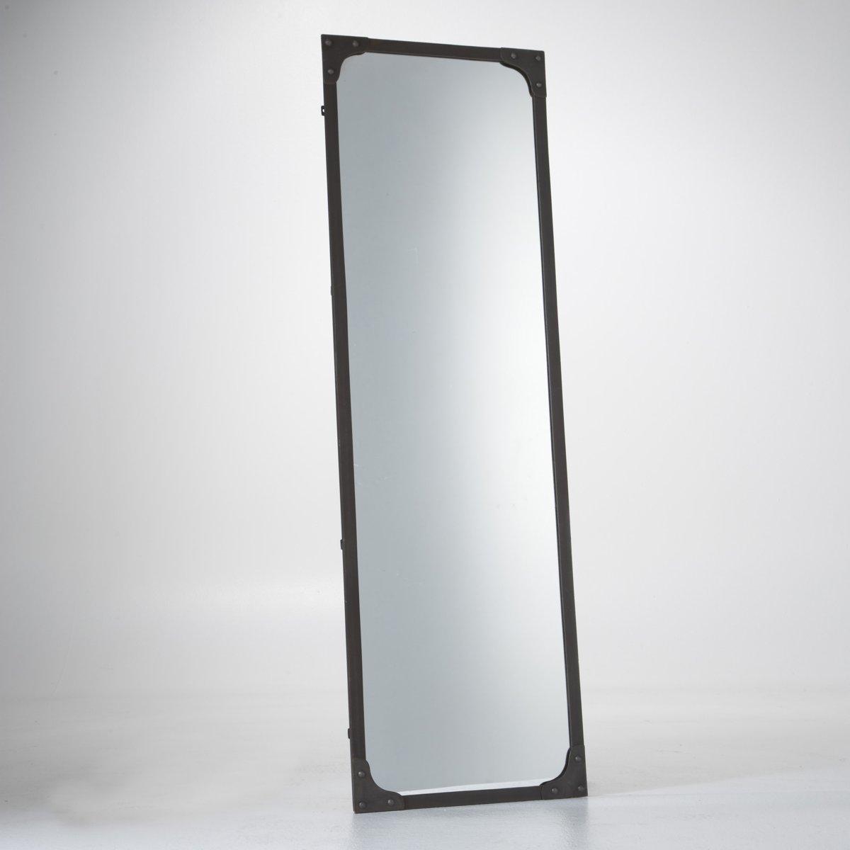 Зеркало металлическое LenaigЗеркало Lenaig в стиле хай-тэк. Металлическое зеркало в стиле хай-тэк с металлической рамой и отделкой заклепками. Описание зеркала Lenaig:Заклепки на 4 углах.Крепится горизонтально или вертикально (винты и крепления продаются отдельно).Характеристики зеркала Lenaig:Металл черного цвета с отделкой под состаренный материал.Задник из МДФ, покрытие черного цвета.Найдите всю коллекцию зеркал на сайте laredoute.ru.Размеры зеркала Lenaig:Ширина: 140 см.Высота: 45 см.<br><br>Цвет: красно-коричневый<br>Размер: единый размер