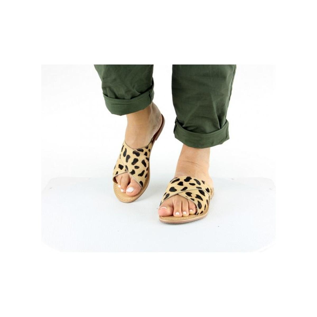 Sandales lanières croisés