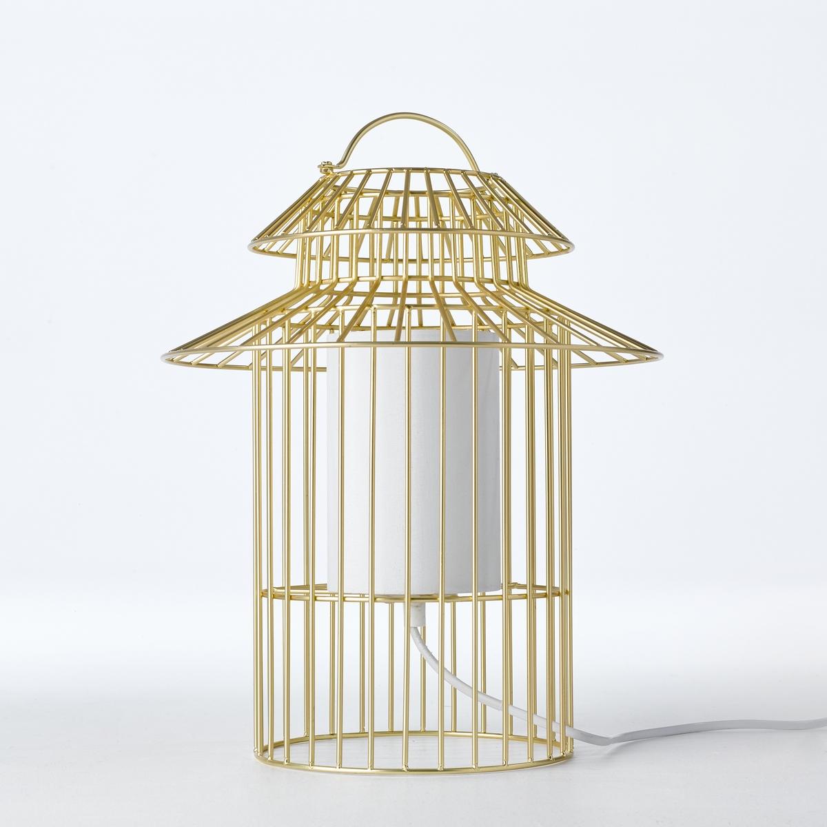 Лампа настольная для детской в форме птичьей клетки CuicuicuiНастольная лампа для детской Cuicuicui. Красивая золотистая птичья клетка для мягкого света и поэтичной нотки...Характеристики : - Проволочный каркас из металла с покрытием эпоксидной краской золотистого цвета- Оборудована защитным экраном, предохраняющим детей от контакта с лампой- Патрон G4 для лампы макс. 20 Вт (продается отдельно)- Трансформатор очень низкого напряжения- Бра того же набора продается на нашем сайтеРазмеры : - ?29 x В.37 см<br><br>Цвет: металл