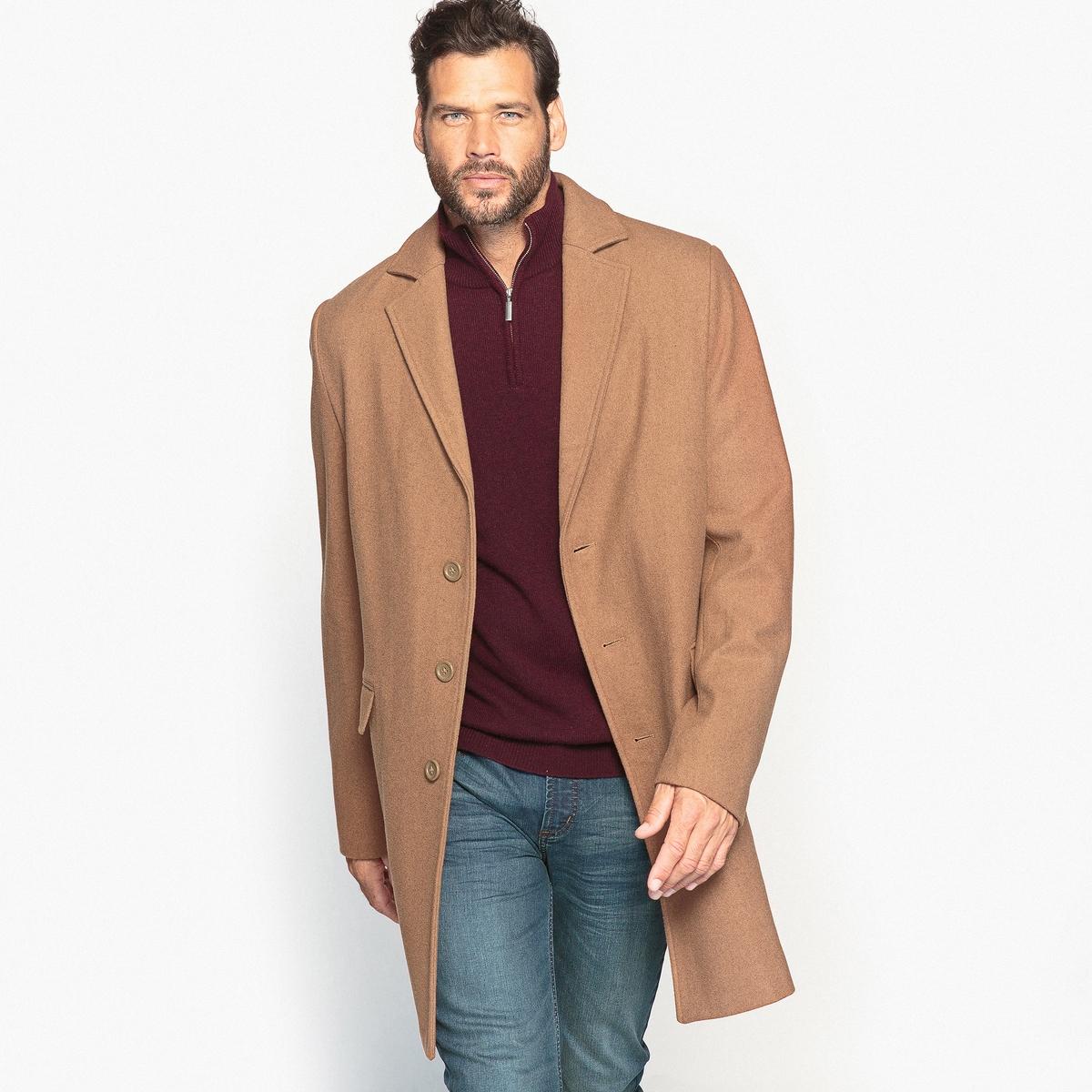 Пальто из шерстяного драпа длиной 3/4Изящное пальто из шерстяного драпа отлично смотрится с пуловером и джинсами. Это пальто - неотъемлемый предмет мужского гардероба.Детали •  Длина : удлиненная модель •  Воротник-поло, рубашечный • Застежка на пуговицыСостав и уход •  2% вискозы, 63% шерсти, 4% полиамида, 31% полиэстера • Не стирать •  Допускается чистка любыми растворителями / отбеливание запрещено •  Не использовать барабанную сушку •  Не гладитьТовар из коллекции больших размеров •  2 накладных кармана с клапанами •  2 внутренних кармана на молниях<br><br>Цвет: темно-бежевый<br>Размер: 66.64.62.56.52