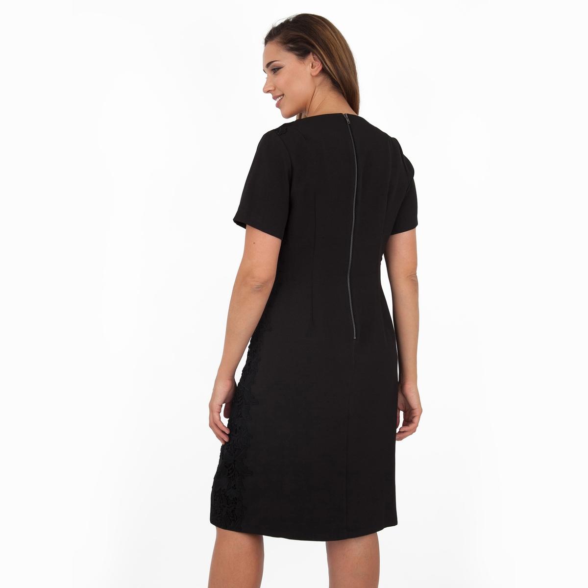 ПлатьеПлатье с короткими рукавами - KOKO BY KOKO. Кружевные детали по бокам, застежка на молнию сзади. Длина ок.104 см. 100% полиэстера.<br><br>Цвет: черный<br>Размер: 58/60 (FR) - 64/66 (RUS)