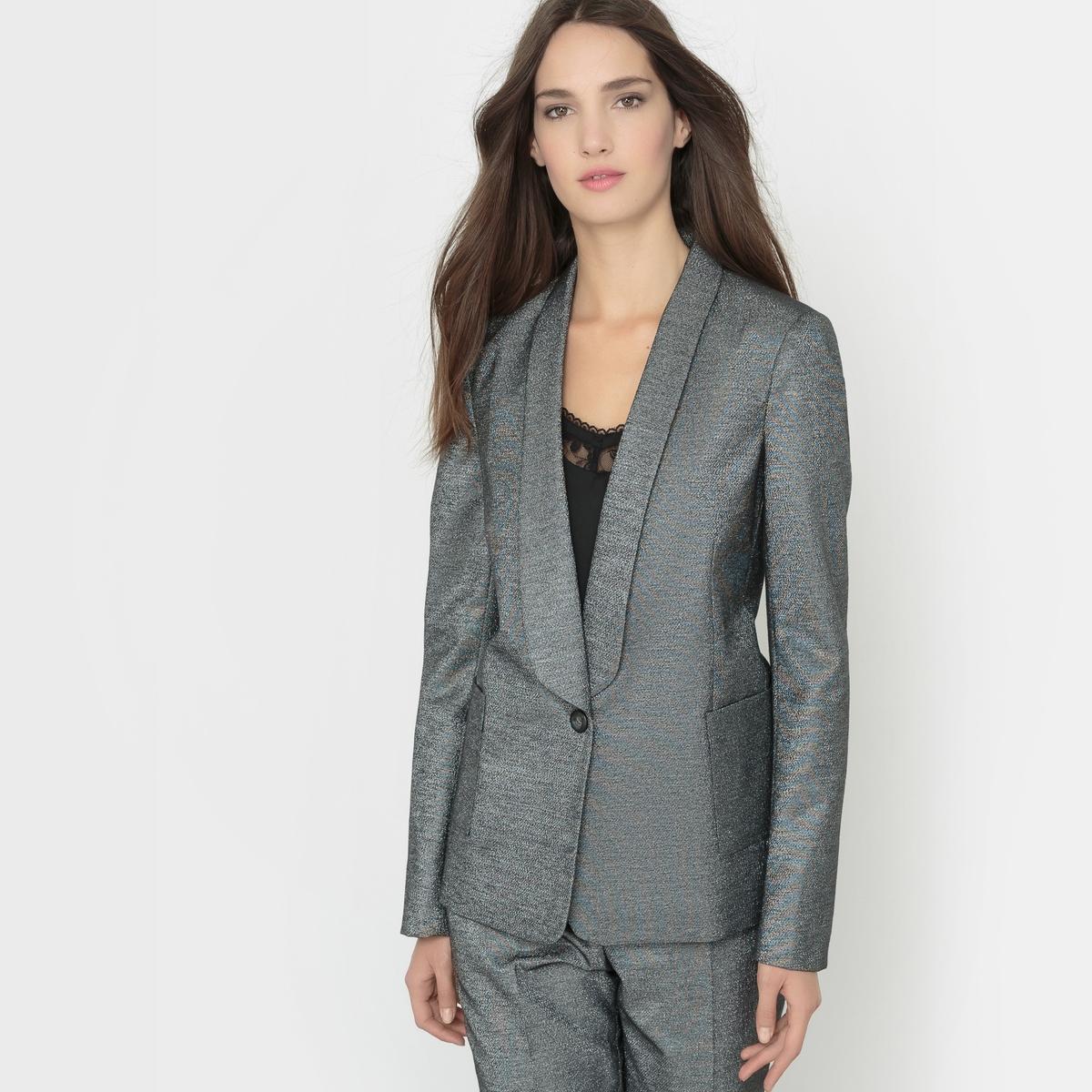 Пиджак костюмный с жаккардовым рисункомПиджак костюмный. Жаккардовый рисунок с волокнами с металлическим блеском. Длинные рукава. Пиджачный воротник. Застежка на 1 пуговицу. 2 кармана. Шлицы на рукавах с застежкой на пуговицы. Состав и описаниеМатериал : Пиджак 42% полиэстера, 42% хлопка, 13% волокон с металлическим блеском, 3% эластана - Подкладка 100% полиэстерДлина : 66 смМарка : atelier RУходСухая чистка<br><br>Цвет: черный<br>Размер: 38 (FR) - 44 (RUS).48 (FR) - 54 (RUS)