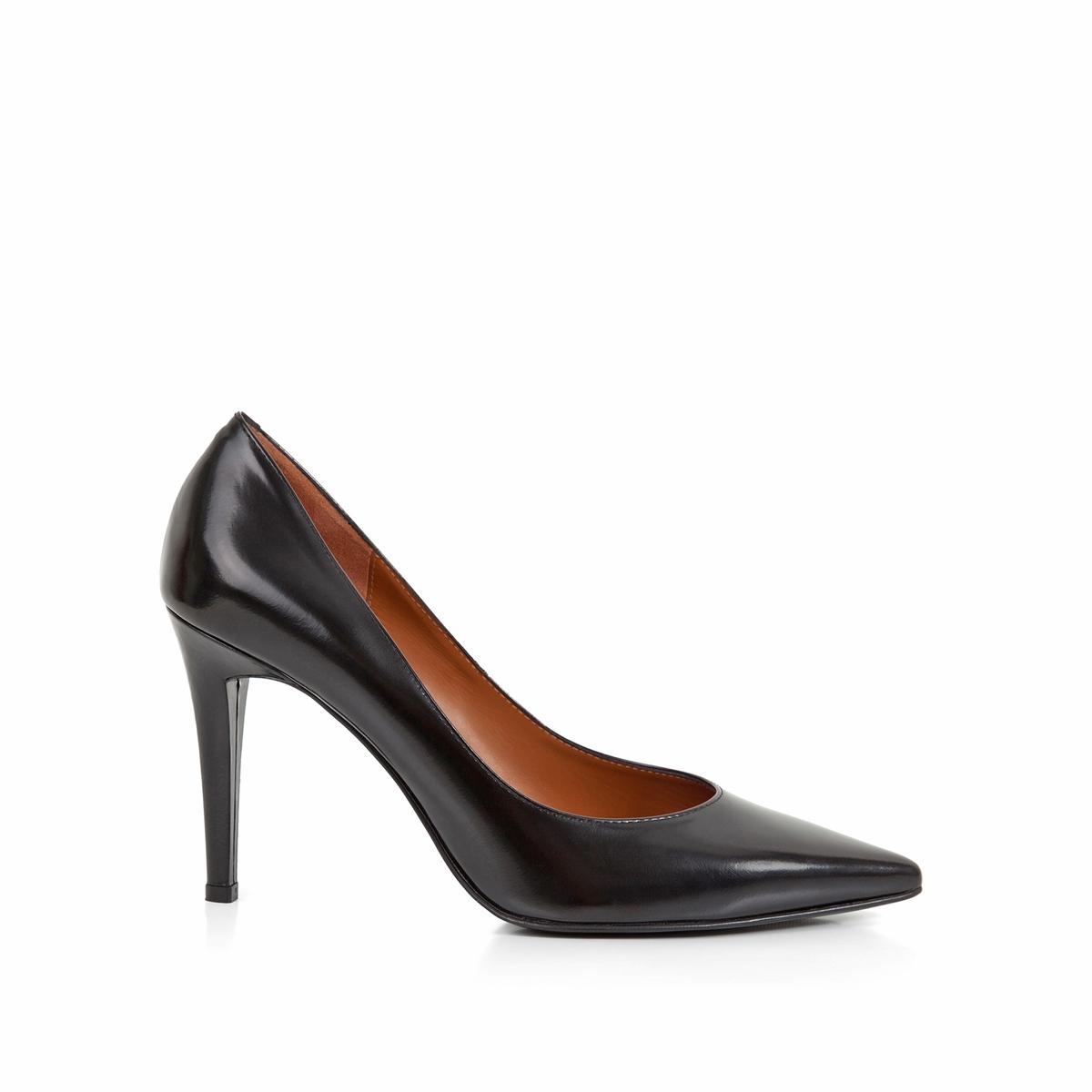 Туфли кожаные Delicia на шпилькеВерх : Кожа.   Подкладка : Кожа.   Стелька : Кожа.   Подошва : Кожа.   Высота каблука : 9 см   Форма каблука : шпилька   Мысок : заостренный мысок     Застежка : без застежки<br><br>Цвет: черный<br>Размер: 39