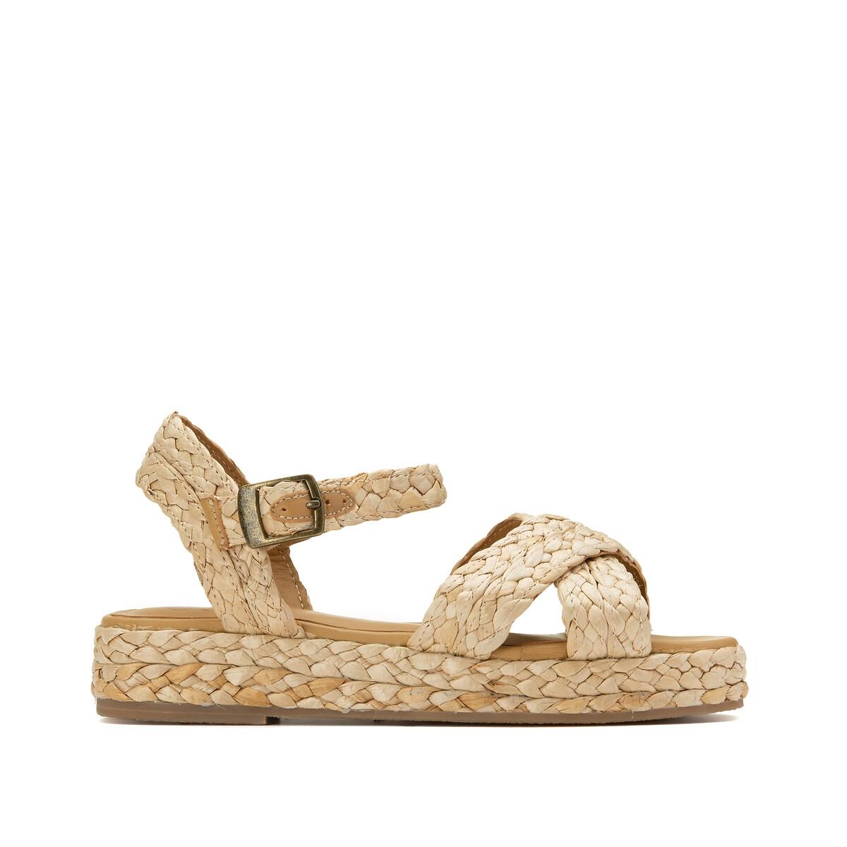 Sandalias de paja trenzada