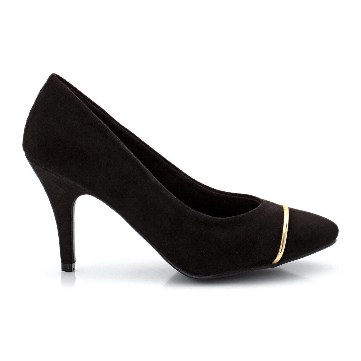 Туфли с острым мысомTaillissime, туфли от 38 до 45 размера по одной цене!Верх: искусственная замша. Подкладка: текстиль. Стелька: кожа на пористой основе. Подошва: эластомер. Каблук: обтянут искусственной замшей, высотой 9 см. Плюс модели: золотистая вставка спереди и тонкий каблук для женственного образа.<br><br>Цвет: черный