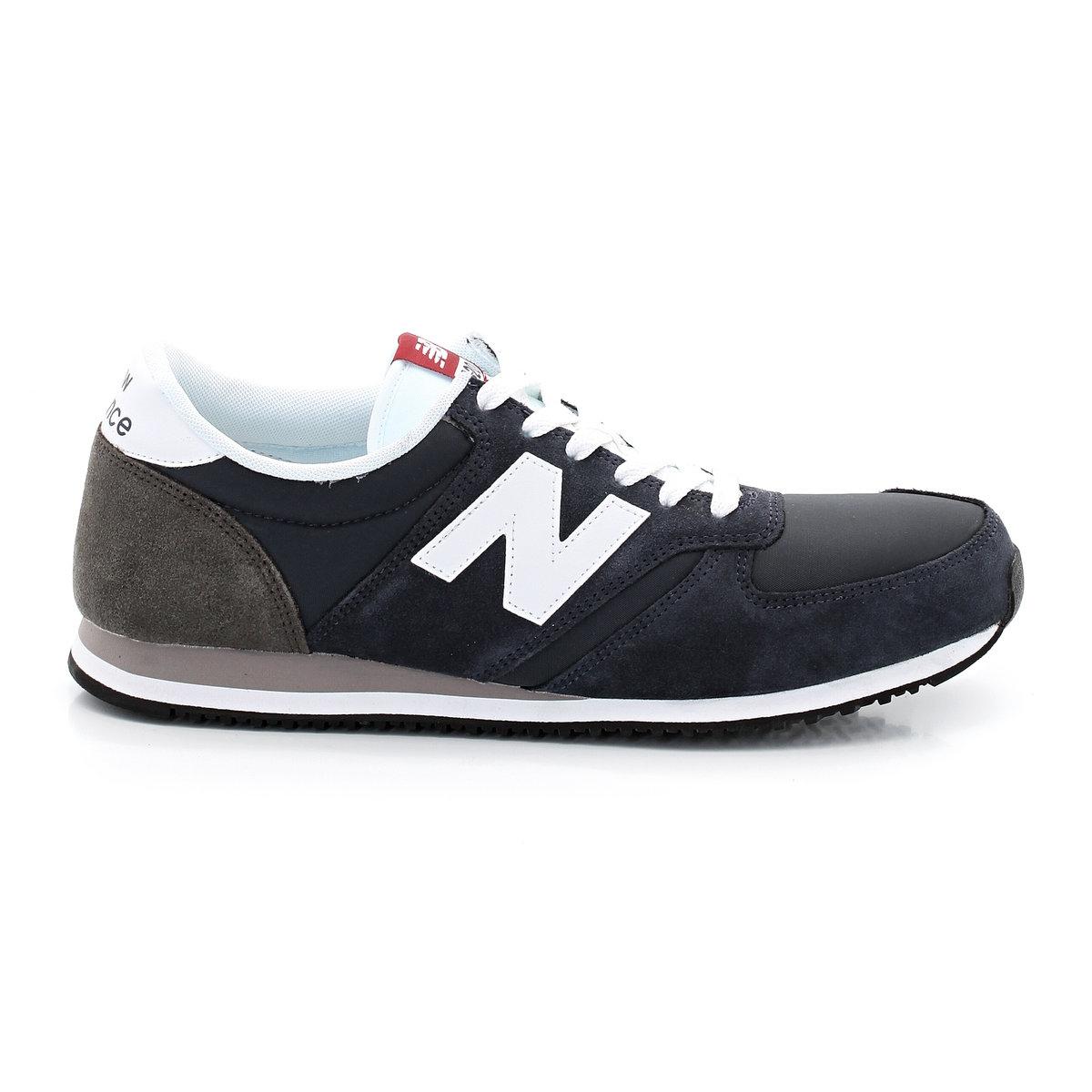 Кроссовки низкие NEW BALANCE U420CNWНизкие кроссовки NEW BALANCE U420CNW Подкладка: текстиль. Стелька: текстиль. Подошва: синтетика. Верх: замша + нейлон. Застёжка: шнуровка<br><br>Цвет: темно-синий<br>Размер: 39 1/2