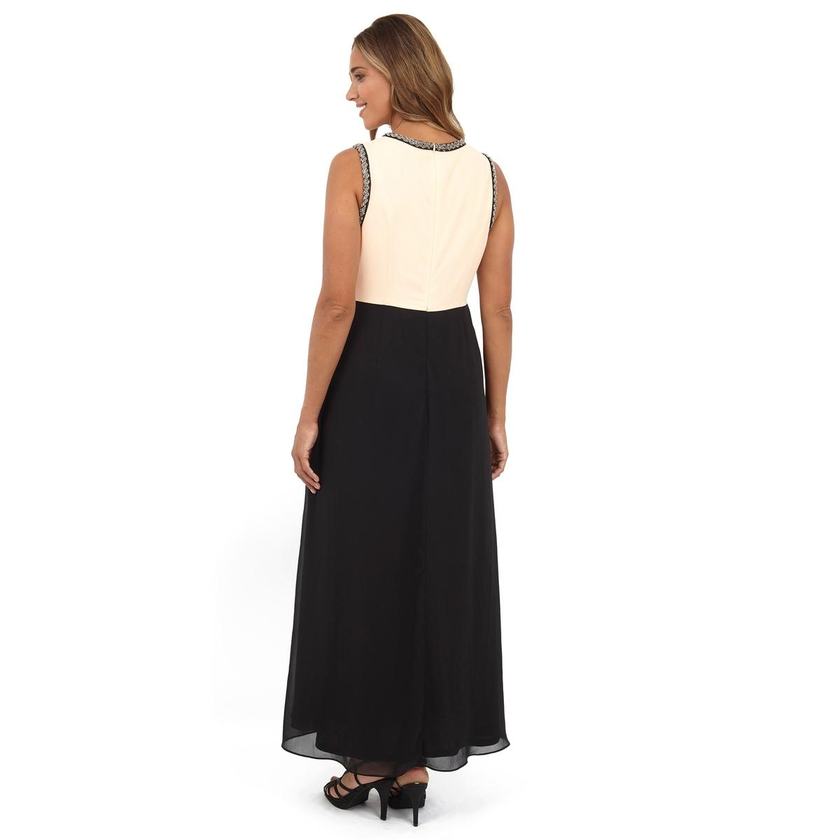купить Платье длинное по цене 4199.4 рублей
