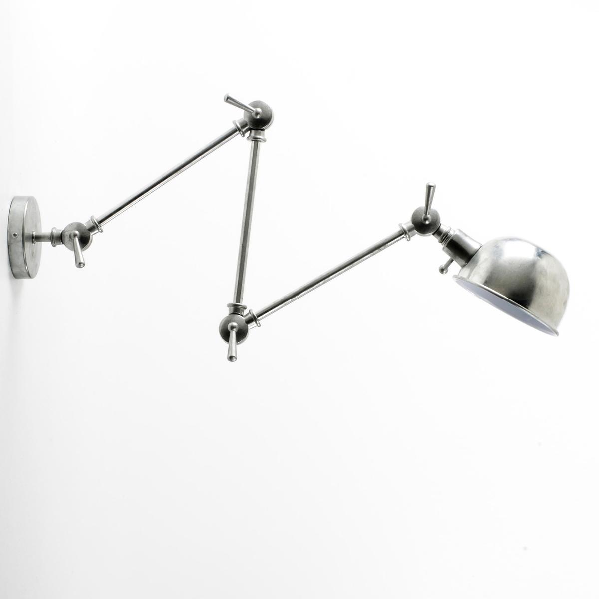Светильник с 3 лапками TornadeИз оцинкованного металла или с матовым эпоксидным покрытием . 3 гибкие лапки, крепящиеся на стену с помощью пластинки (? 10,5 см). Патрон E14 для лампочки макс 40W (не входит в комплект)  . Длина.85 x Ширина.14 x высота.40 см (в нормальном положении). Есть модель с 2 лапками .Этот светильник совместим с лампочками    энергетического класса   A-B-C-D-E .<br><br>Цвет: серый оцинкованный,черный