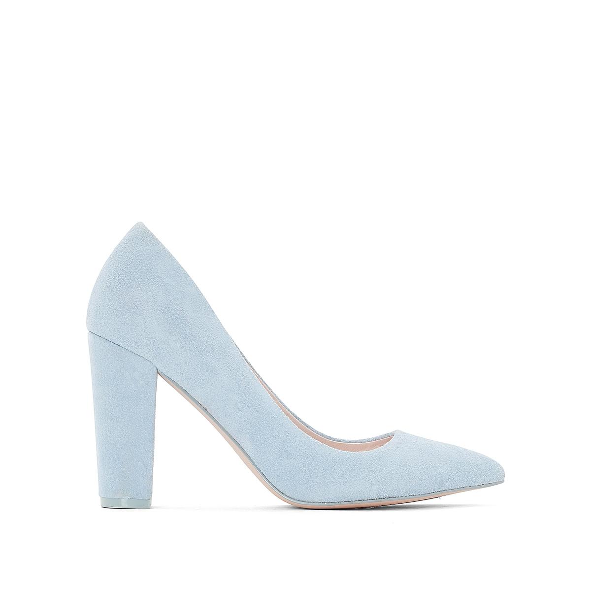 Sapatos em sintético