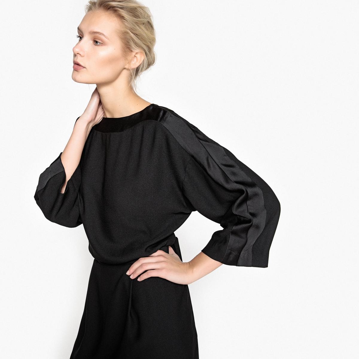 Платье расклешенное однотонное с эластичным поясом