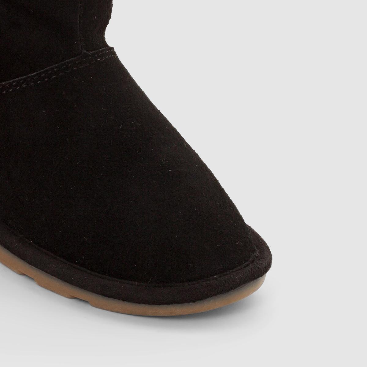 Ботинки, AKAMAВерх/Голенище: Неотделанная кожа (яловичная).    Подкладка: Текстиль.       Стелька: Текстиль.           Подошва: Каучук.               Высота голенища: 9 см.   Форма каблука: Плоская.  Мысок: Круглый.   Застежка: На молнию.<br><br>Цвет: черный