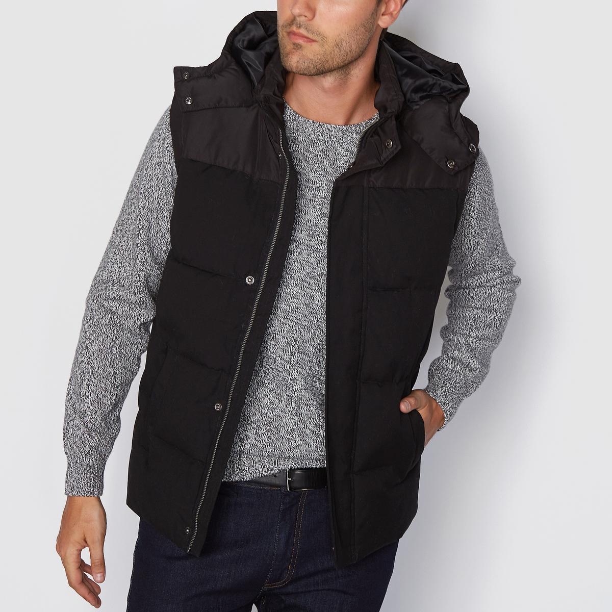 Куртка стёганая с капюшоном без рукавов