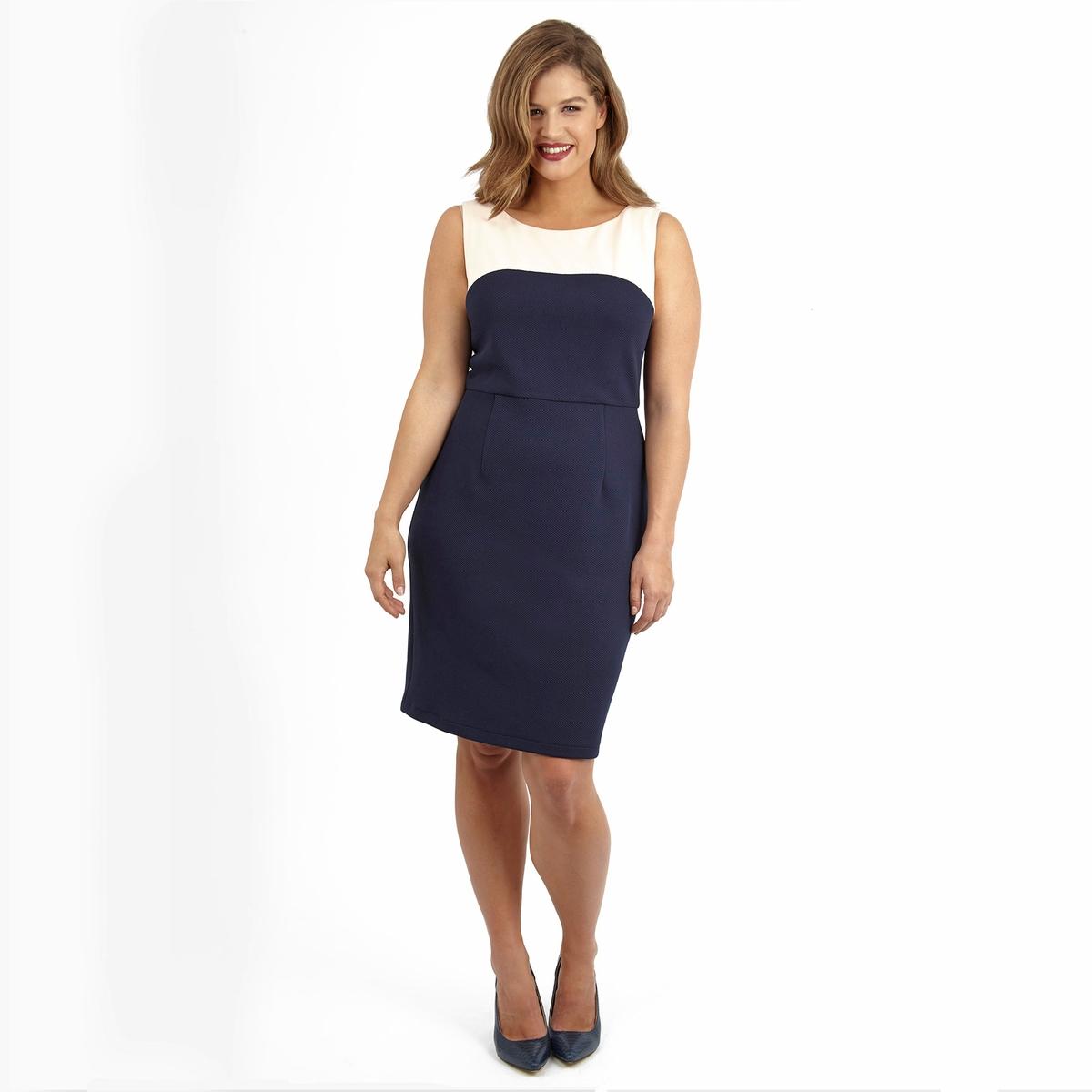 ПлатьеПлатье без рукавов LOVEDROBE. Красивое двухцветное платье. 100% полиэстер.<br><br>Цвет: слоновая кость/синий<br>Размер: 54/56 (FR) - 60/62 (RUS)