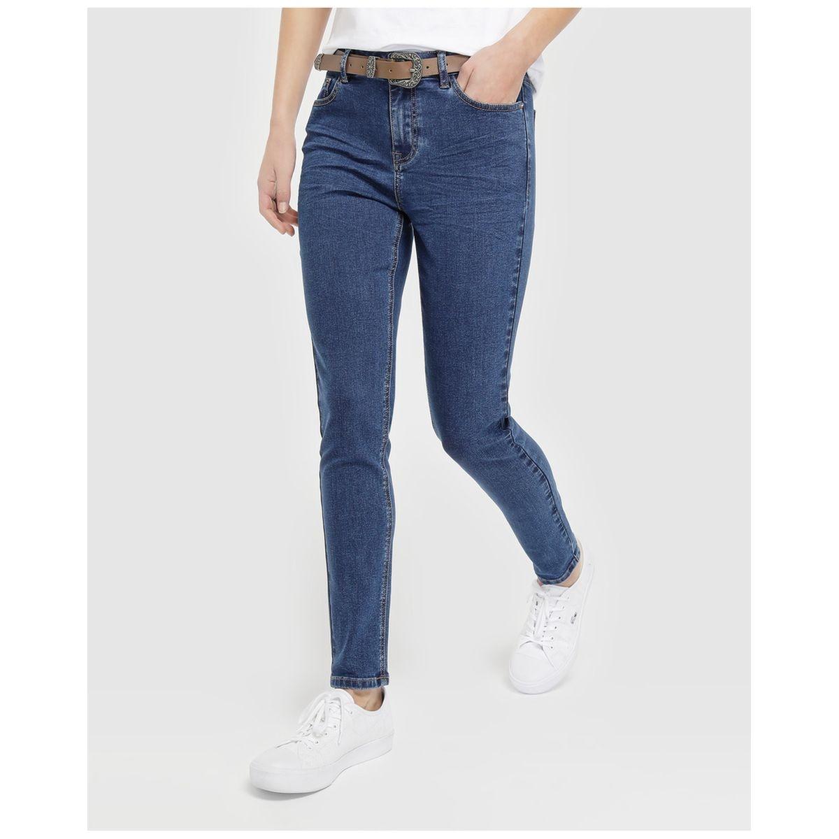 Jean skinny avec ceinture