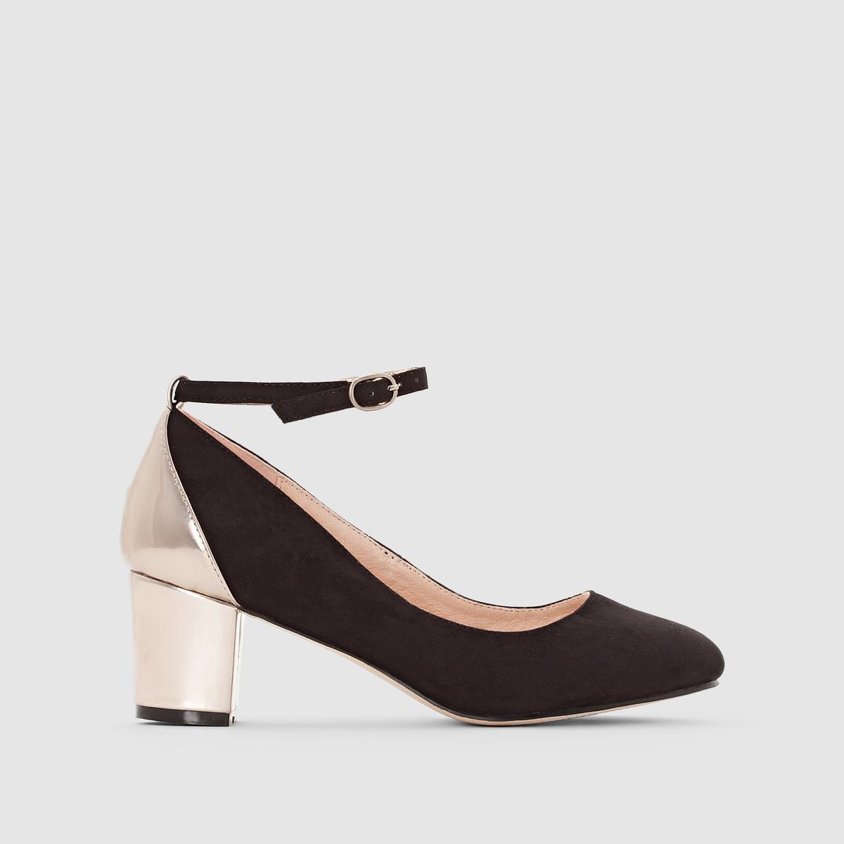 Балетки на каблуке с пряжкойВерх/ Голенище : синтетика                       Подкладка : кожа                       Стелька : кожа                       Подошва : эластомер                        Форма каблука : средний каблук                       Мысок : закругленный                       Застежка : шнуровка<br><br>Цвет: черный<br>Размер: 39