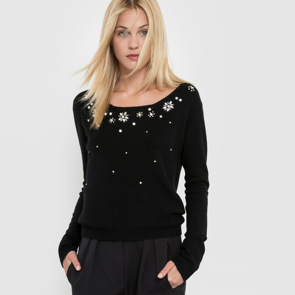 Пуловер с вышивкой, круглый вырезСостав и описание :Материал : 55% растительных волокон, 45% полиэстера Марка : MOLLY BRACKEN.<br><br>Цвет: черный<br>Размер: единый размер