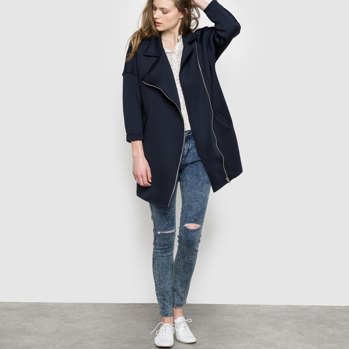 Пальто длинноеПальто длинное SUNCOO. Асимметричная застежка на молнию . Состав&amp;детали     Материал:  95% полиэстера, 5% эластана     Марка: SUNCOO<br><br>Цвет: темно-синий<br>Размер: M