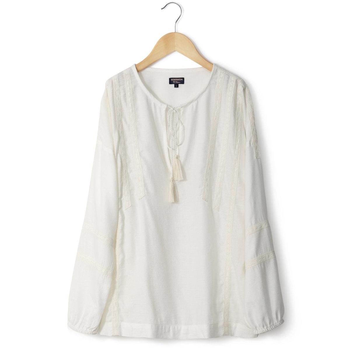Блузка из крепаБлузка BENSIMON. Блузка из крепа, 100% шерсти. Длинные рукава. Круглый вырез, застежка на шнурок с 2 помпонами. Галуны с вышивкой в тон спереди и на рукавах.<br><br>Цвет: экрю<br>Размер: 2(M)
