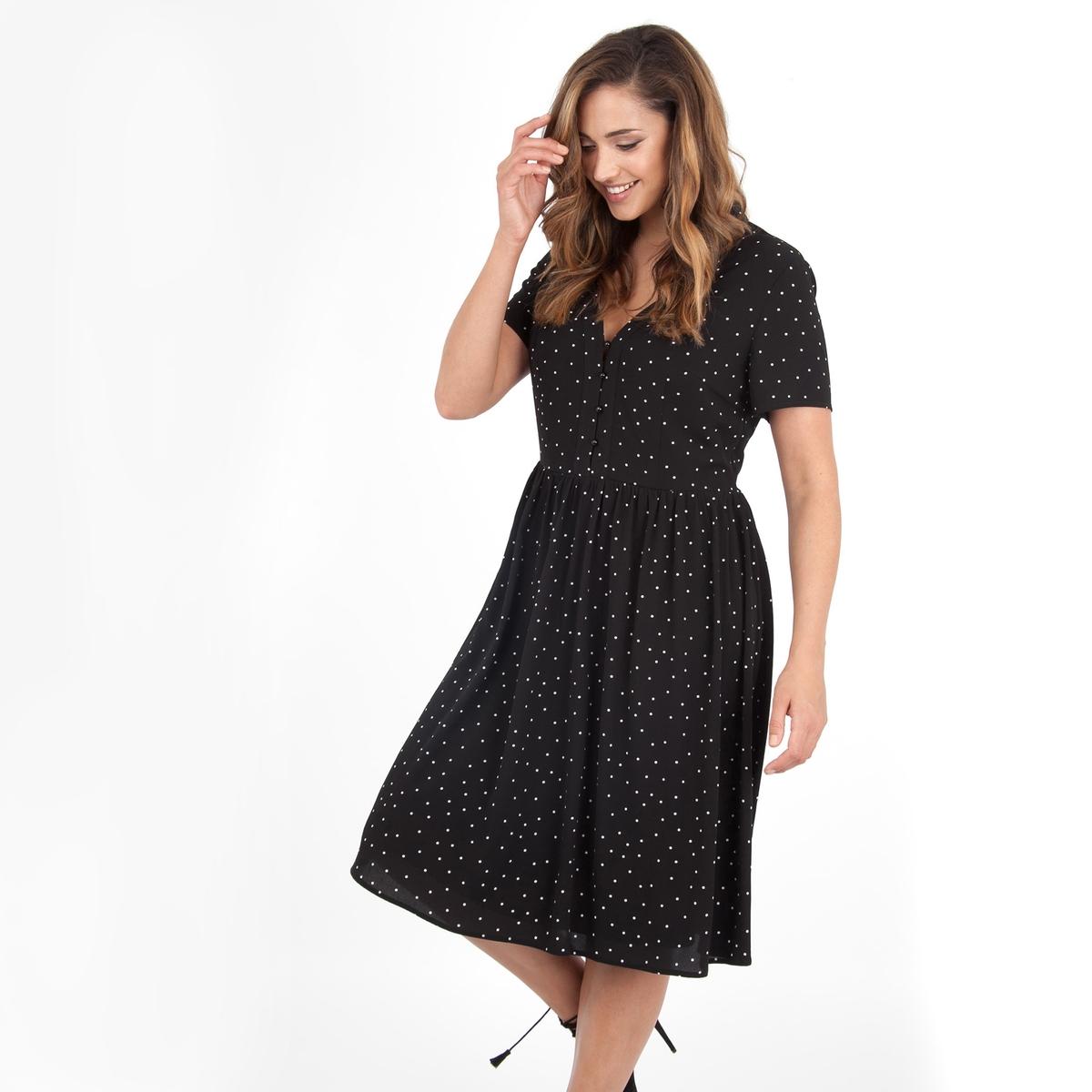 ПлатьеПлатье с короткими рукавами - LOVEDROBE. Красивое декольте с небольшими пуговицами. Длина ок.104 см. 100% полиэстера.<br><br>Цвет: в горошек<br>Размер: 48 (FR) - 54 (RUS)
