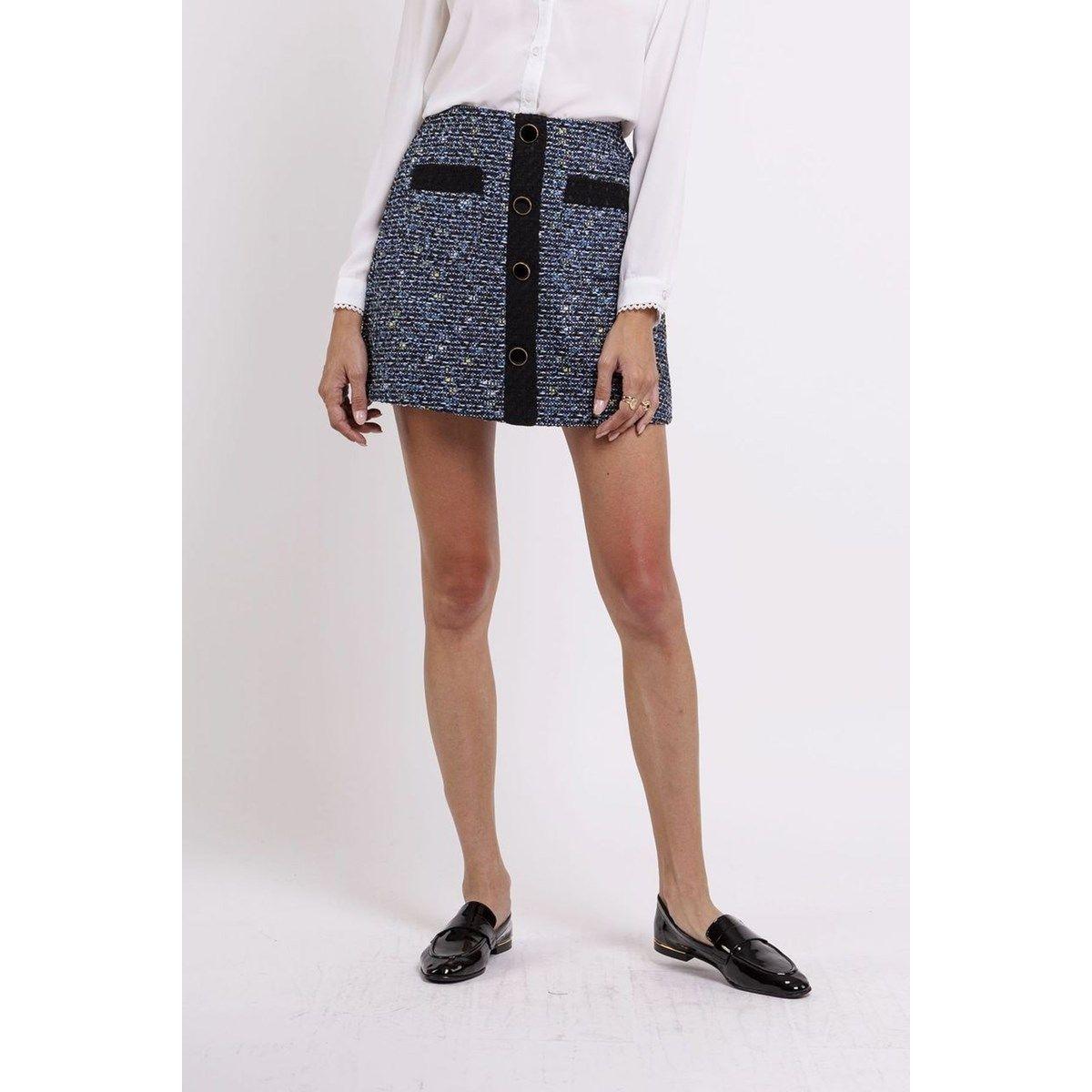 Jupe courte évasée avec poches plaquées