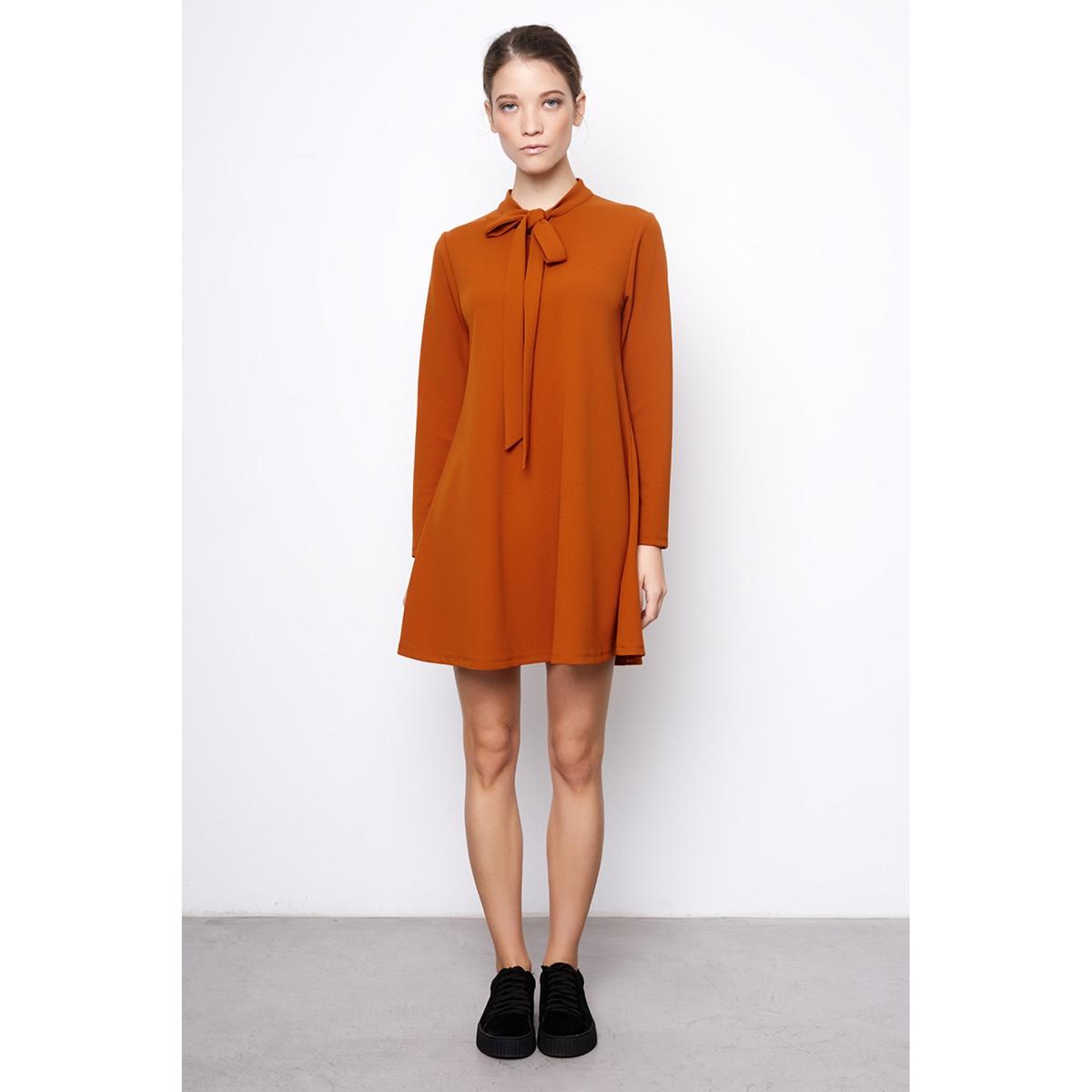 Платье короткое с длинными рукавамиДетали •  Форма : расклешенная •  Короткое  •  Длинные рукава     •  Галстук-бантСостав и уход •  5% эластана, 95% полиэстера  •  Следуйте советам по уходу, указанным на этикетке<br><br>Цвет: зеленый английский,коньячный<br>Размер: S.XS