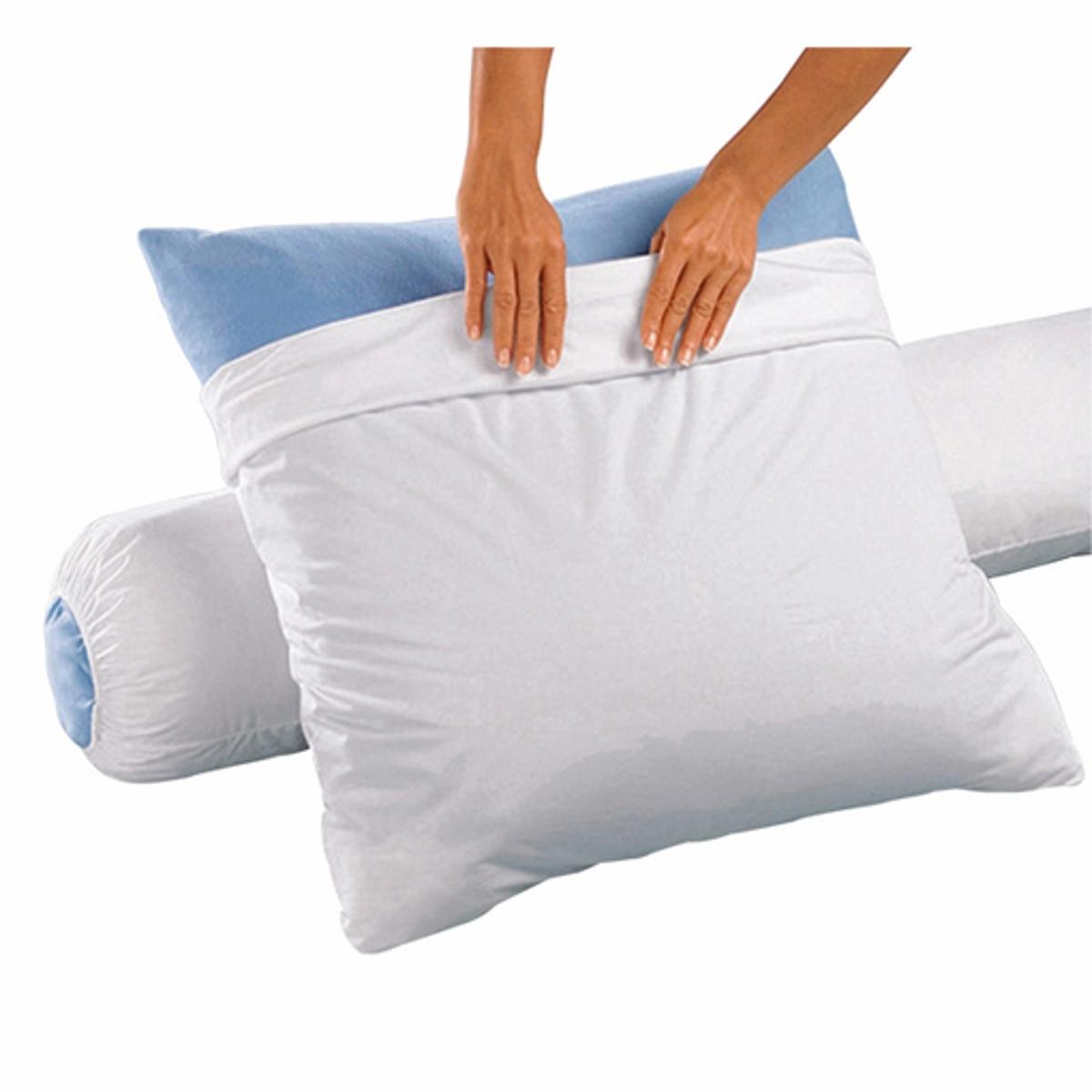 Чехол защитный для подушки, из джерси, водонепроницаемыйЧехол для подушки из джерси: защита для Ваших наволочек из экологически чистого материала, мягкого и нежного, пропускающего воздух и ультра-впитывающего.Описание:Эластичные ленты по краям.Характеритики:- Джерси 100% Тенсела® (лиоцелл),  водонепроницаемый слой полиуретана.- Натуральное экологически чистое волокно, производимое из целлюлозы (древесины эвкалипта), материал на 100% биоразлагаемый.- Микропористая структура, дышащие и абсорбирующие свойства.- Обработка Coolin® с двойным эффектом: впитывание влаги и длительное ощущение свежести.- Контроль температуры тела во время сна.- Мягкость, легкость, прочность и бесшумность материала.- Экологичный, биоразлагаемый и легкий в уходе материал.- Машинная стирка при температуре до 60°С.Размеры:40 x 60 см:  для детской подушки.50 x 70 см:  для прямоугольной подушки.60 x 60 см: для квадратной подушки.65 x 65 см: для квадратной подушки.<br><br>Цвет: белый<br>Размер: 65 x 65  см.50 x 70  см