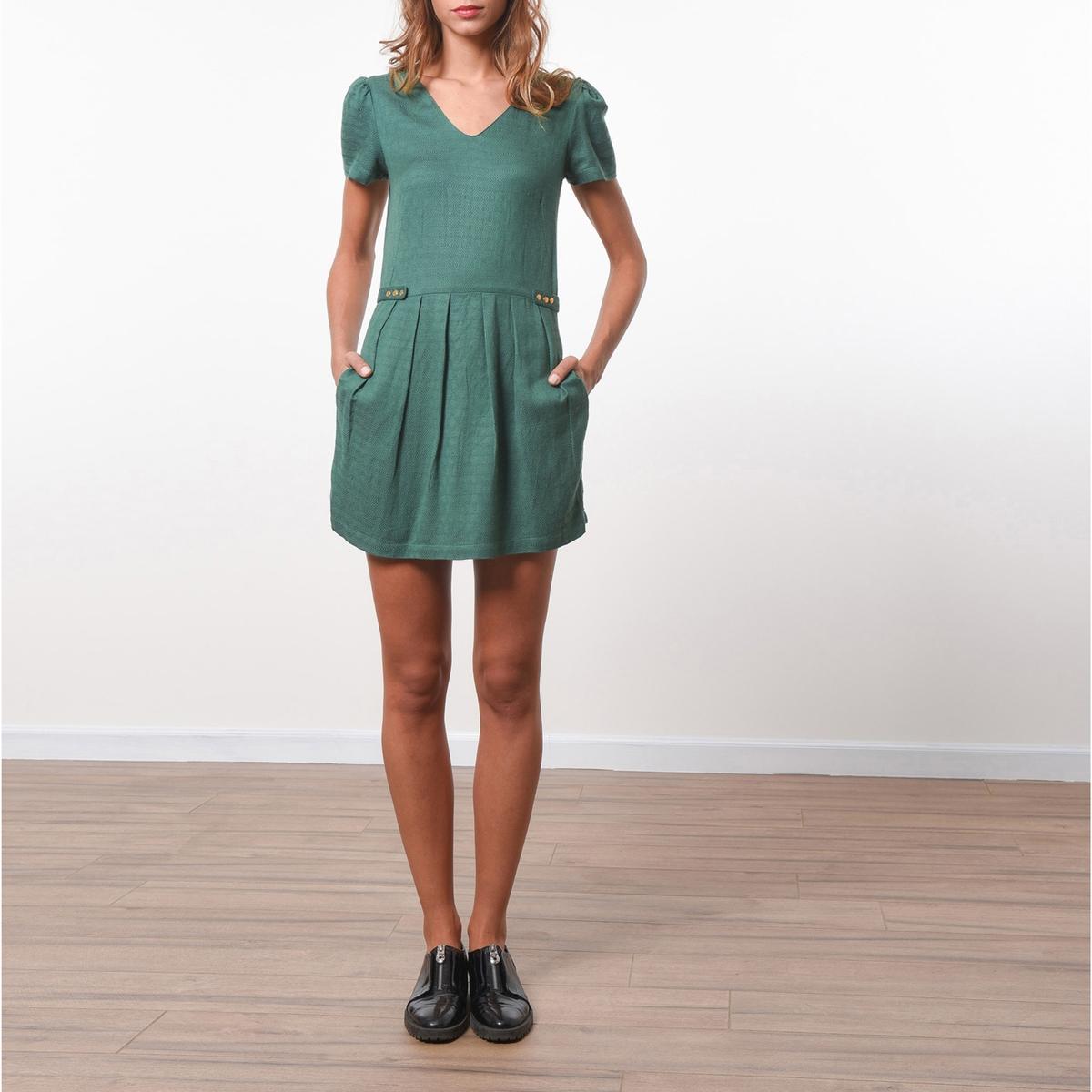 Комбинезон с шортами с эффектом юбки, короткие рукаваСостав и описание :Материал            100% вискозаМарка            JOE RETRO                          Уход:              Следуйте рекомендациям по уходу, указанным на этикетке изделия.<br><br>Цвет: зеленый<br>Размер: M