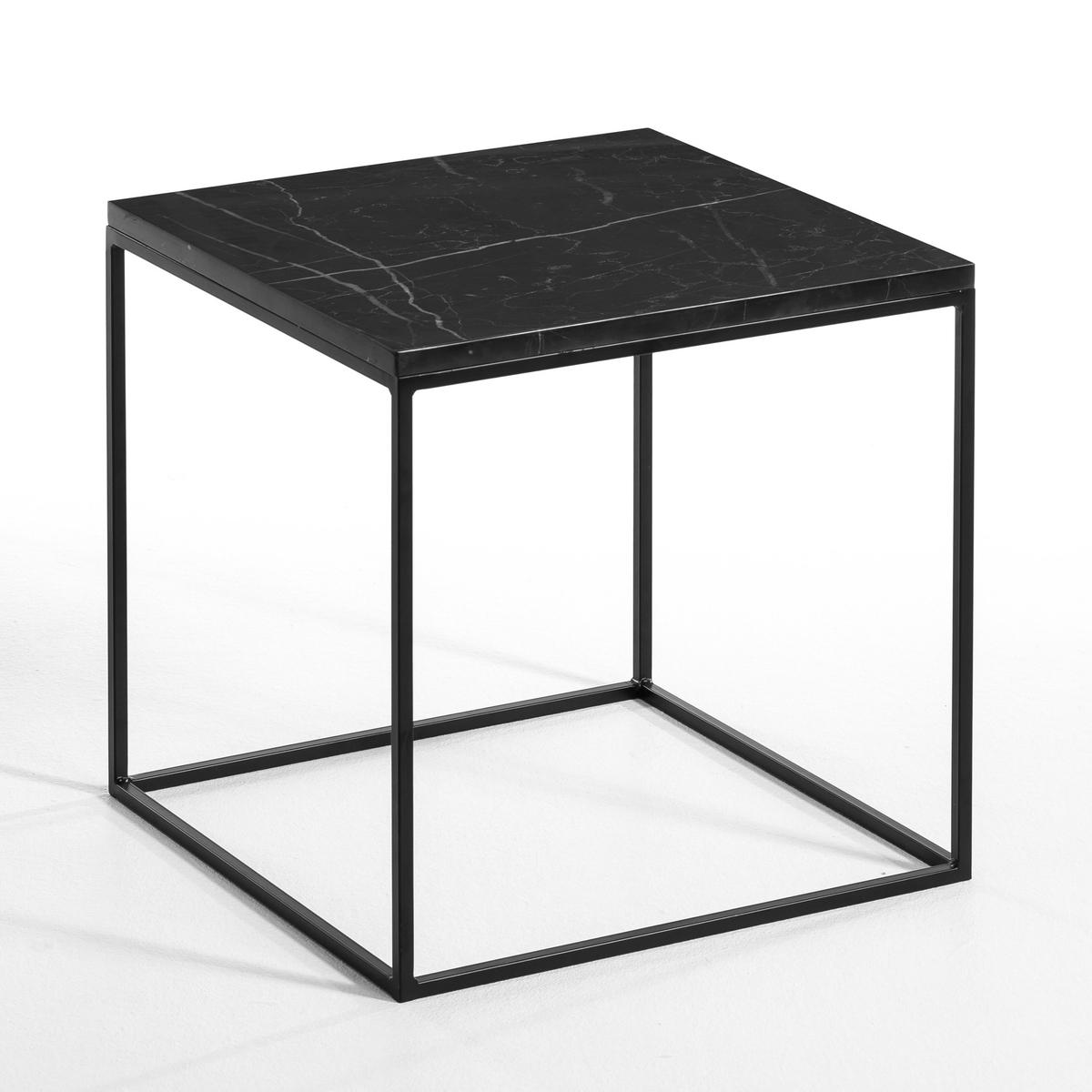 Столик со столешницей из мрамора, MahautОписание : - Каркас из металла - Столешница из черного мрамора, каждое изделие уникально, поэтому количество прожилок может отличаться .Размеры : - 40 x 40 x 40 см<br><br>Цвет: черный