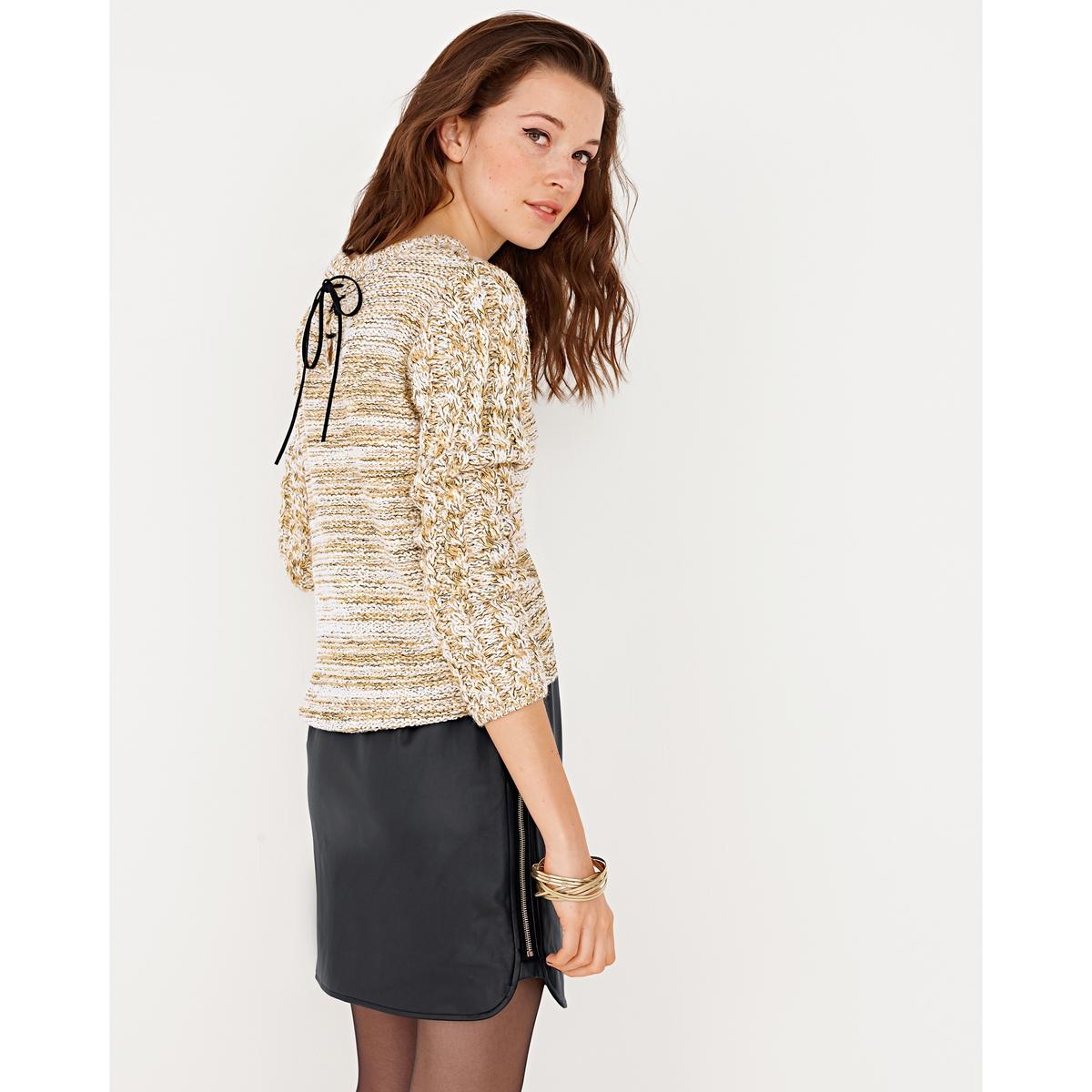 Пуловер со шнуровкой сзадиПуловер из трикотажа: 79% акрила, 13% полиэстера, 8% металлизированных волокон. Круглый вырез. Замшевая шнуровка сзади. Длинные рукава с фантазийным узором. Края связаны в рубчик. Длина: 56 см.<br><br>Цвет: зеленый меланж