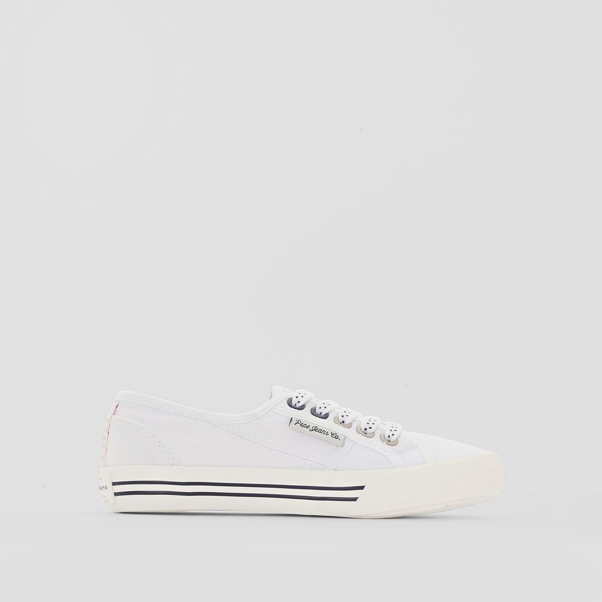 Кеды PEPE JEANS BAKER PLAINВ известном британском стиле, всегда на пике моды, без лишних деталей, но очень оригинальные, кеды от Pepe Jeans не прекращают поражать своей изысканностью! Доказательством служит эта модель с контрастирующими деталями отделки. Стильная и легкая обувь: отлично подходит для отдыха!<br><br>Цвет: белый<br>Размер: 32
