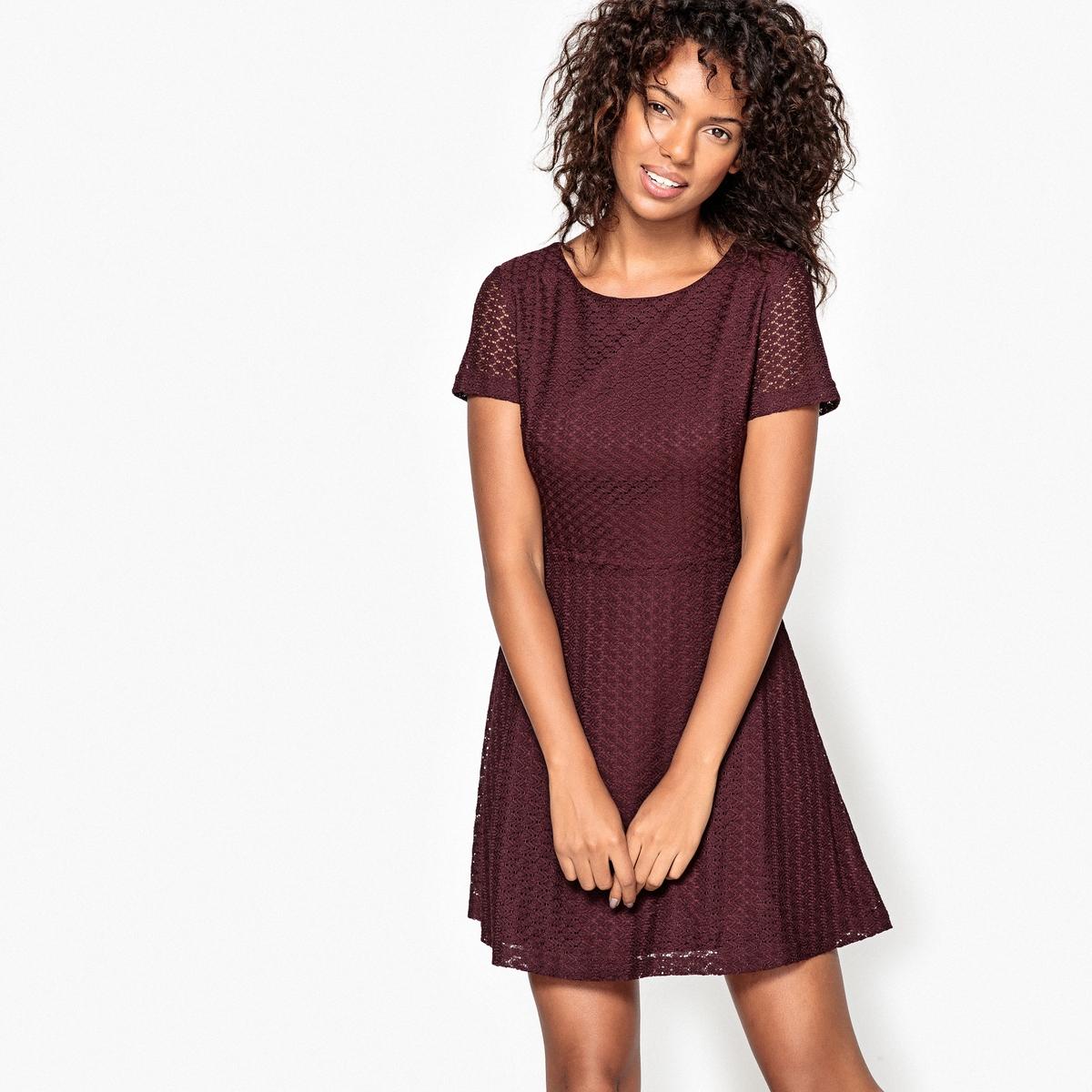 Платье короткое, рукава короткиеДетали •  Форма : расклешенная •  короткое  •  Короткие рукава    •  Круглый вырезСостав и уход •  100% бамбук •  Подкладка  : 100% полиэстер •  Следуйте советам по уходу, указанным на этикетке<br><br>Цвет: бордовый<br>Размер: L