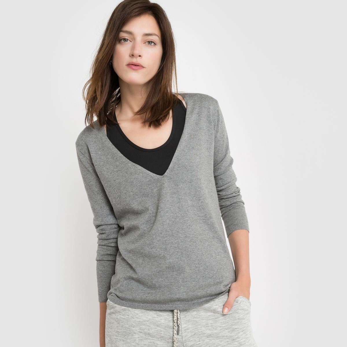 Пуловер с V-образным вырезом из хлопка/кашемираСостав и описаниеМарка: R Essentiel. Материал: 95% хлопка, 5% кашемира.Длина: 68 см.УходРучная стирка / Рекомендована сухая чистка.<br><br>Цвет: серый меланж