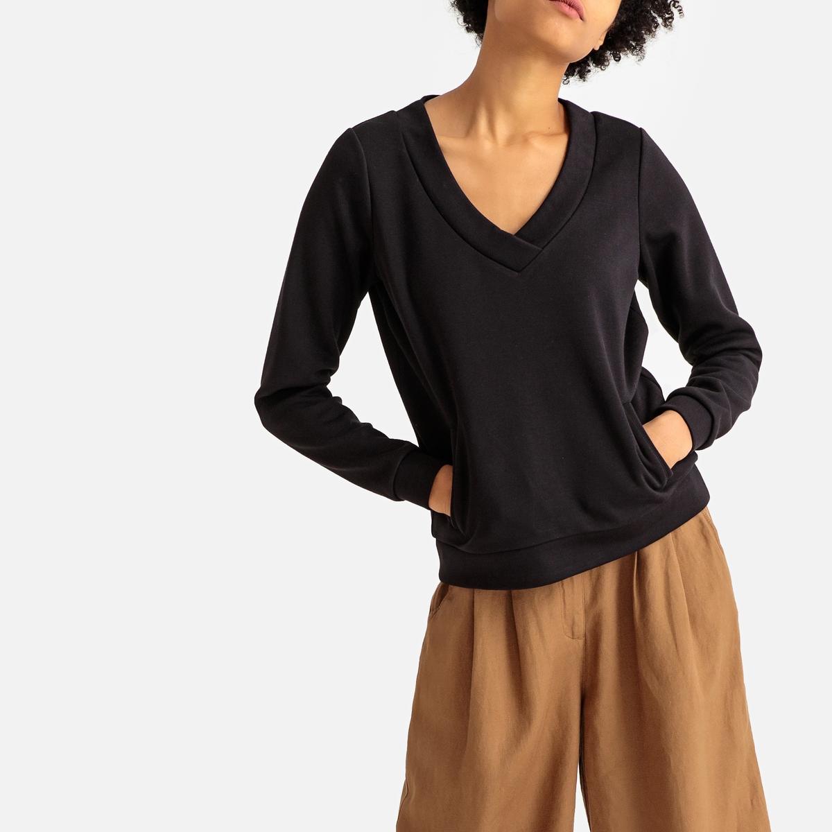 Sudadera con cuello de pico, bolsillos y manga larga
