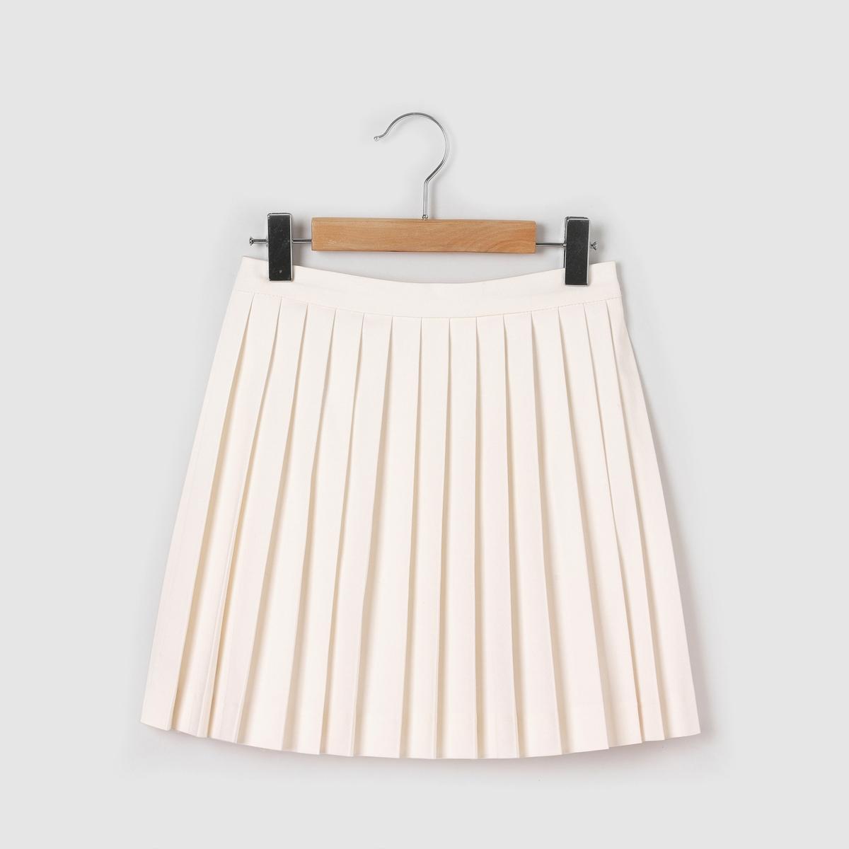 Юбка короткая с плиссировкой, 3-12 летКороткая юбка с плиссировкой и поясом на резинке сзади. Состав и описание : Материал       62% вискозы, 36% полиэстера, 2% эластанаДлина    выше коленУход :Машинная стирка при 30 °C с вещами схожих цветов.Машинная сушка запрещена.Гладить при умеренной температуре.<br><br>Цвет: белый<br>Размер: 6 лет - 114 см