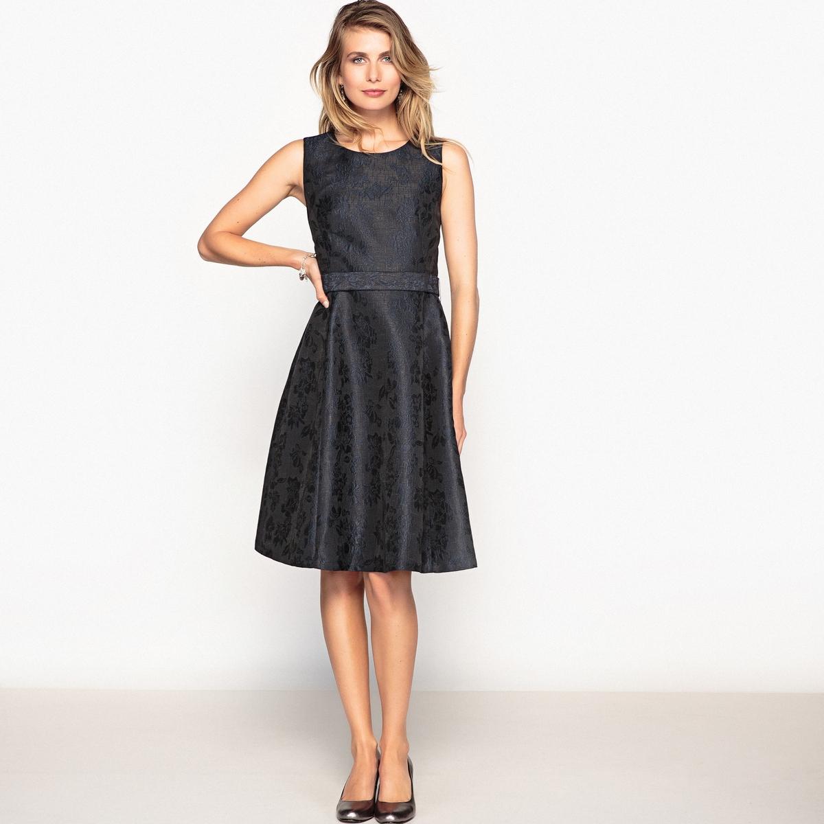 Платье жаккардовое без рукавов