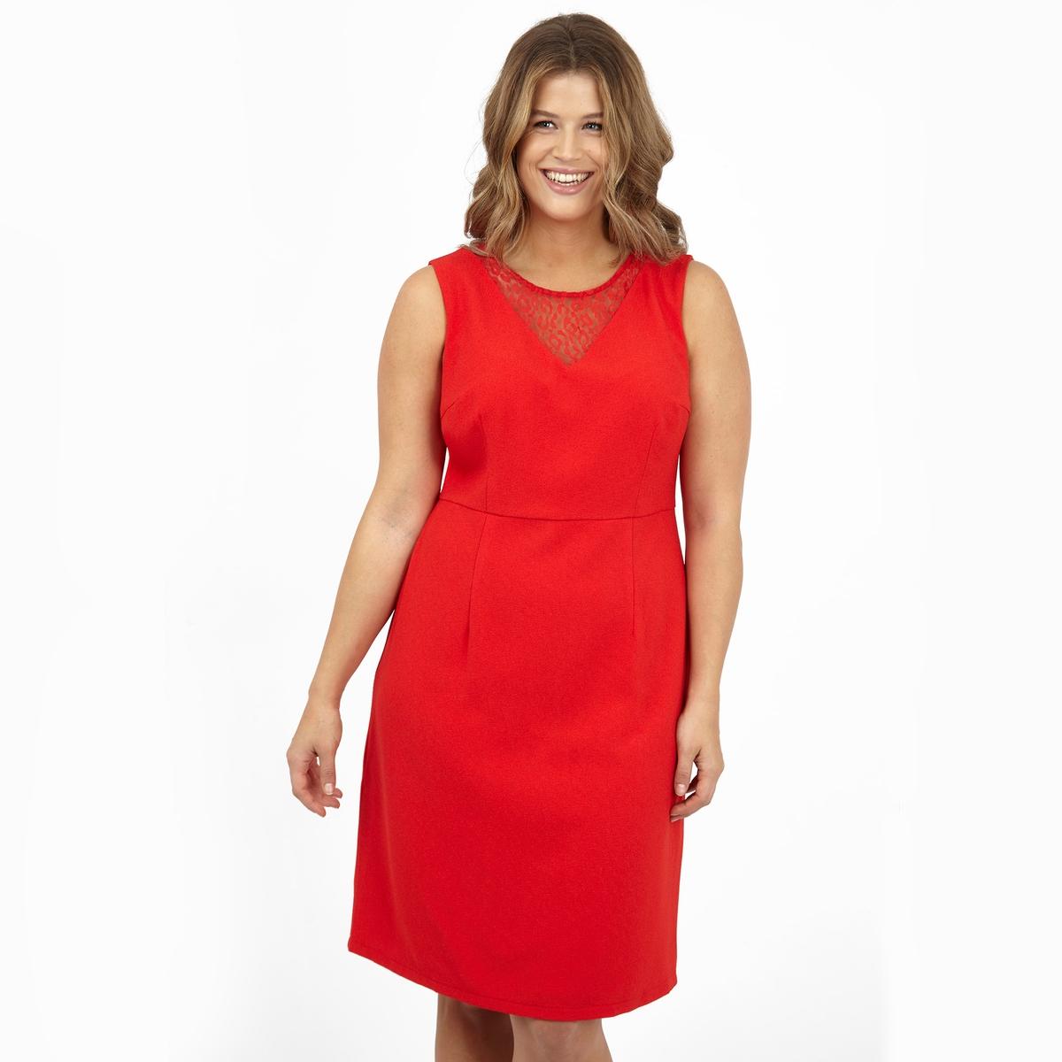 ПлатьеПлатье без рукавов KOKO BY KOKO. Красивое кружево спереди. 100% полиэстер.<br><br>Цвет: красный