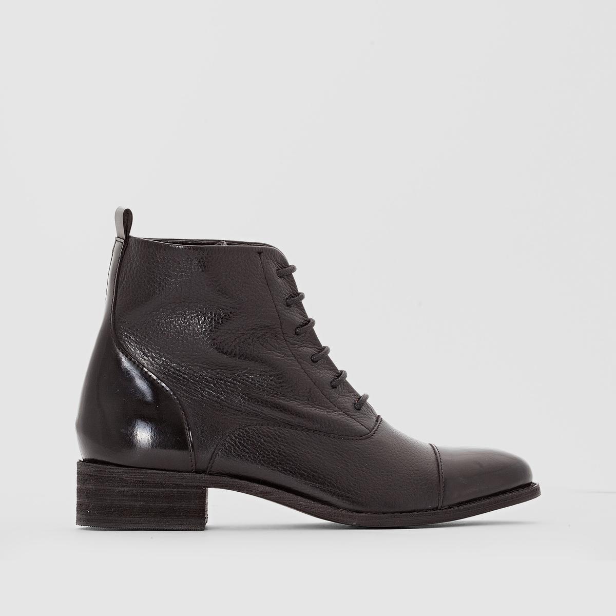 Ботинки на шнуровкеВерх/Голенище : кожа                Подкладка : кожа         Стелька : кожа         Подошва : эластомер Форма каблука : плоский каблук    Мысок : закругленный         Застежка : на шнуровку<br><br>Цвет: черный<br>Размер: 38.37
