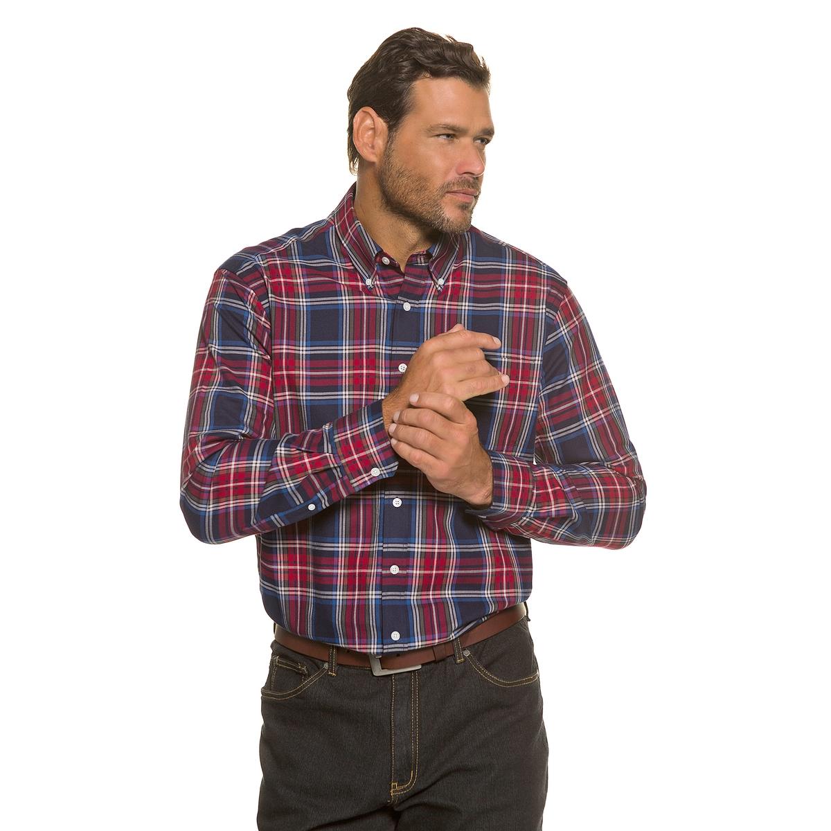 РубашкаВоротник с кончиками на пуговицах, небольшая аппликация на нагрудном кармане . Внутренняя часть карманов из фланели . Облегающий покрой позволяет носить рубашку в свободном стиле поверх брюк  . Длина в зависимости от размера ок. 78-94 см.<br><br>Цвет: в клетку<br>Размер: 3XL