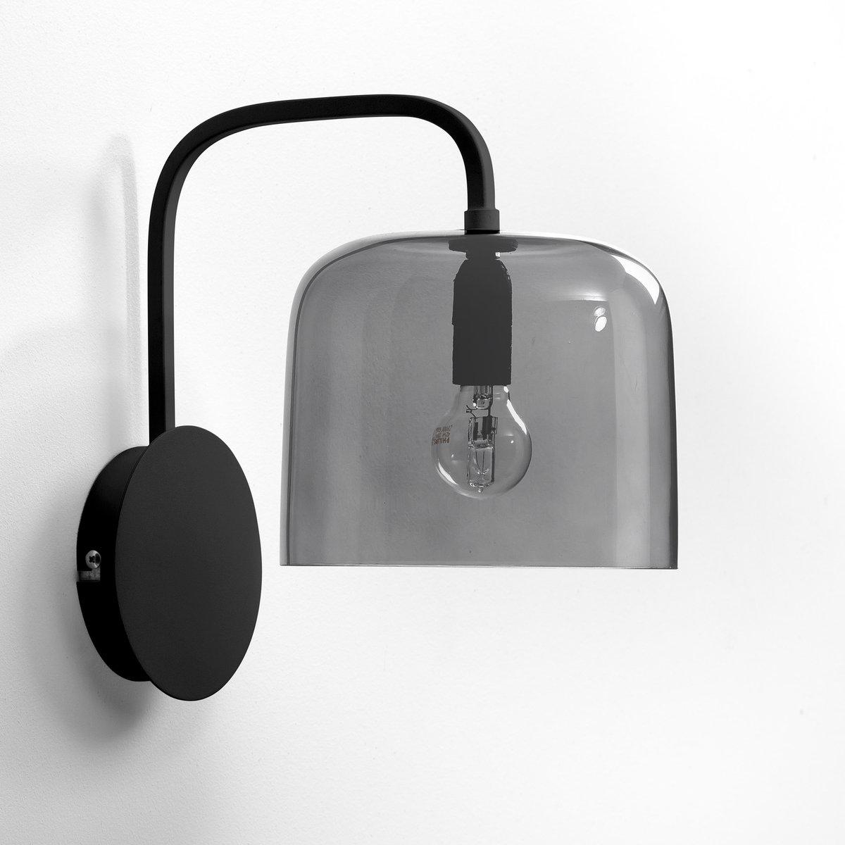 Бра Zella, дизайн Э. ГаллиныЭксклюзивная разработка Emmanuel Gallina для AM.PM    . Этот торшер излучает мягкий, естественный свет с оттенками  . - Подставка и стержень из черного металла . - Абажур из дымчатого стекла серого цвета, ? 18 см . - Патрон E14 для лампочки макс11W (не входит в комплект)  . - Размеры :  В. 28 см x Г. 20 x Д. 18 см.- Этот светильник совместим с лампочками    энергетического класса   A .<br><br>Цвет: дымчато-серый