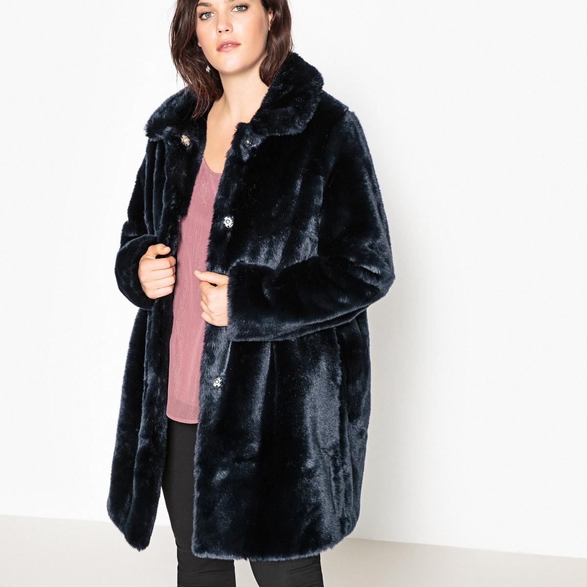 Пальто прямого покроя из искусственного мехаОписание:Этой зимой пальто из искусственного окрашенного меха является неотъемлемой частью гардероба. Вы полюбите это мягкое, тёплое и стильное пальто из искусственного меха.Детали •  Длина : удлиненная модель •  Без воротника • Застежка на пуговицыСостав и уход •  43% модакрила, 57% акрила •  Подкладка : 100% полиэстер •  Стирать при 30° на деликатном режиме   •  Деликатная сухая чистка / не отбеливать •  Не использовать барабанную сушку   •  Не гладитьТовар из коллекции больших размеров •  Длина : 93 см<br><br>Цвет: темно-синий<br>Размер: 54 (FR) - 60 (RUS).52 (FR) - 58 (RUS).48 (FR) - 54 (RUS).50 (FR) - 56 (RUS)