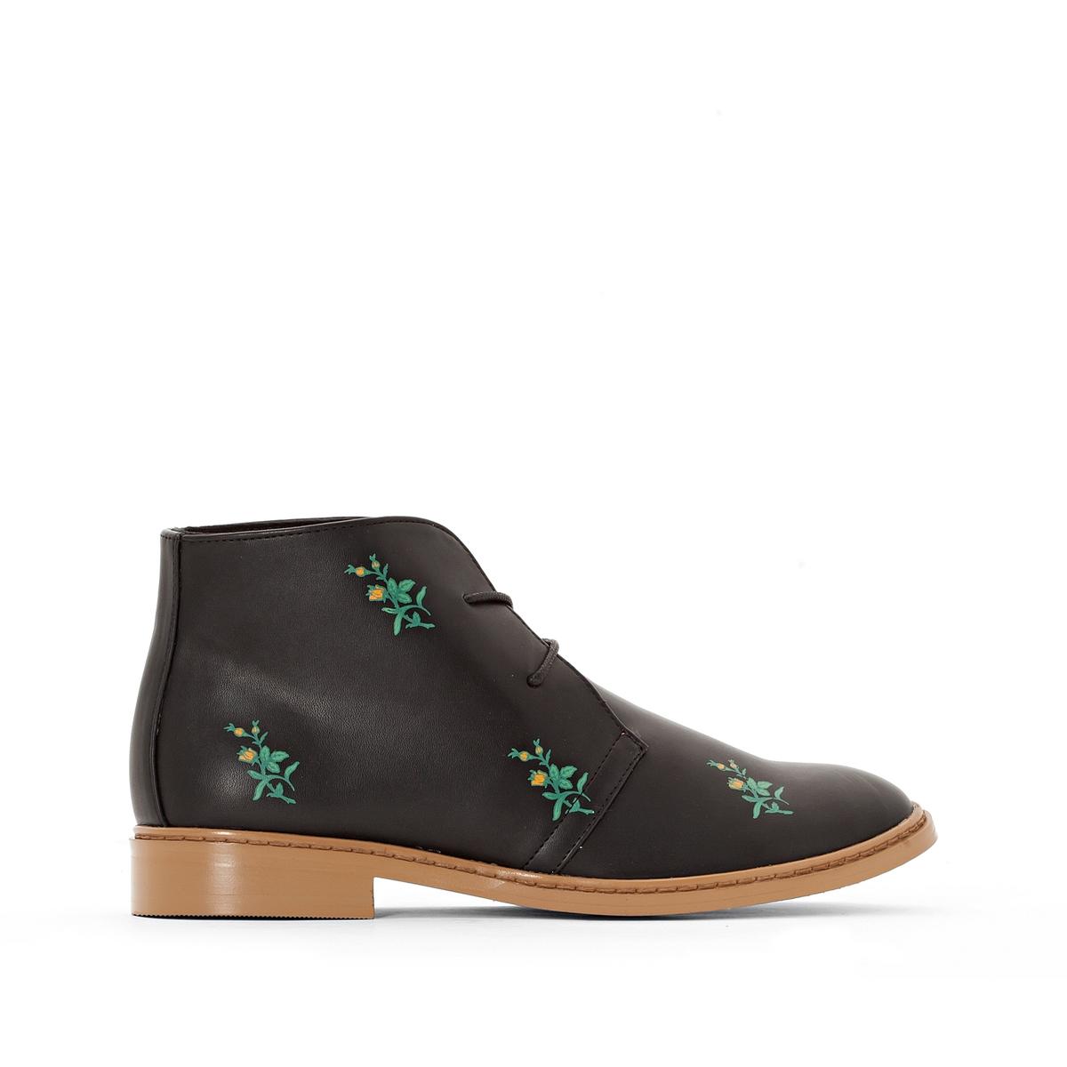Ботинки-дезерты на шнуровке с цветочным рисунком