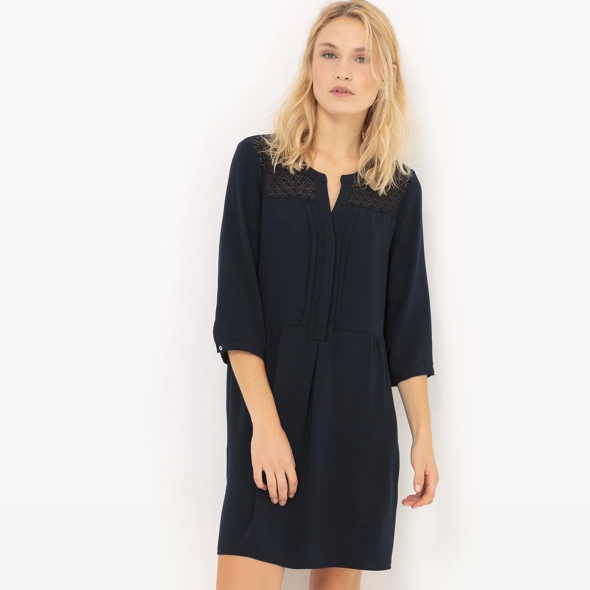 Платье с рукавами 3/4, кружевная вставкаДетали   •  Форма : расклешенная   •  Длина до колен •  Рукава 3/4    •  Тунисский вырезСостав и уход  •  100% полиэстер • Просьба следовать советам по уходу, указанным на этикетке изделия<br><br>Цвет: темно-синий<br>Размер: XS