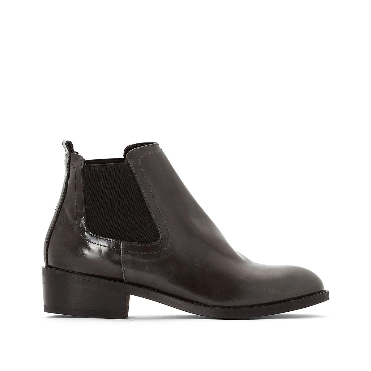 Ботинки кожаные на плоском каблуке RevaВерх/Голенище : Телячья кожа         Подкладка : Кожа.   Подошва : Эластомер   Высота голенища : 13 см   Высота каблука : 3 см   Форма каблука : Плоский каблук   Мысок : Закругленный   Застежка : без застежки<br><br>Цвет: серый,черный<br>Размер: 37.38
