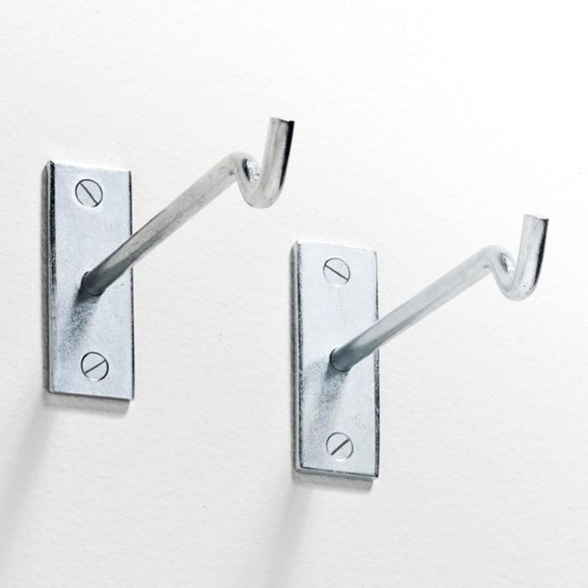 2 кронштейна металлических Rod?oФиксируется на стене.Размеры : Ш.3 x.8 см.Длина  : 17 см.<br><br>Цвет: серый